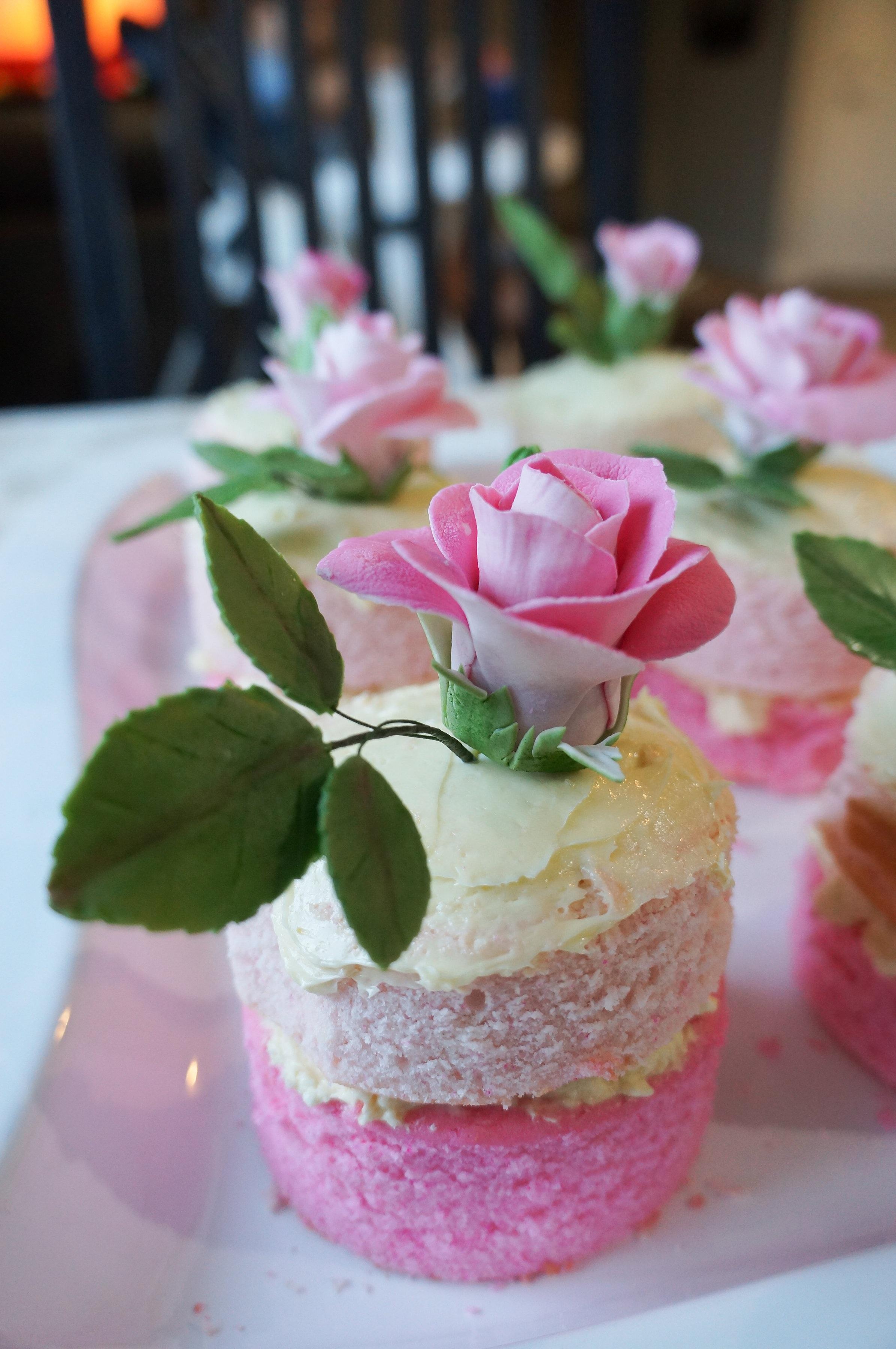 знаки прикрепляются десерт в розовом цвете фото играх конкурсах