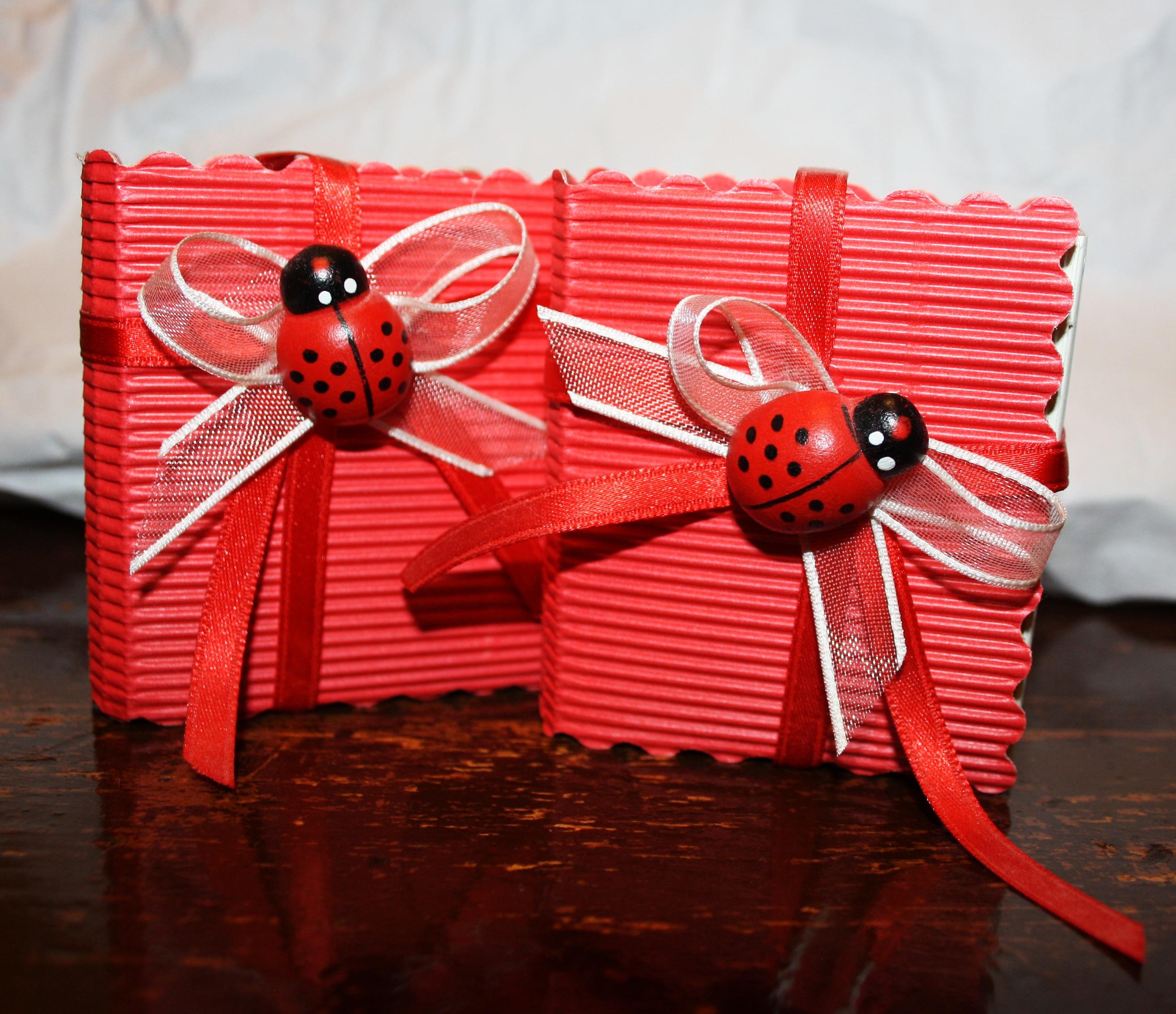 Blume Rot Marienkäfer Rosa Weihnachten Konfetti Kunst Bogen Glückwünsche  Grüße Graduierung Valentinstag Rossa Bomboniera Papier Bevorzugen