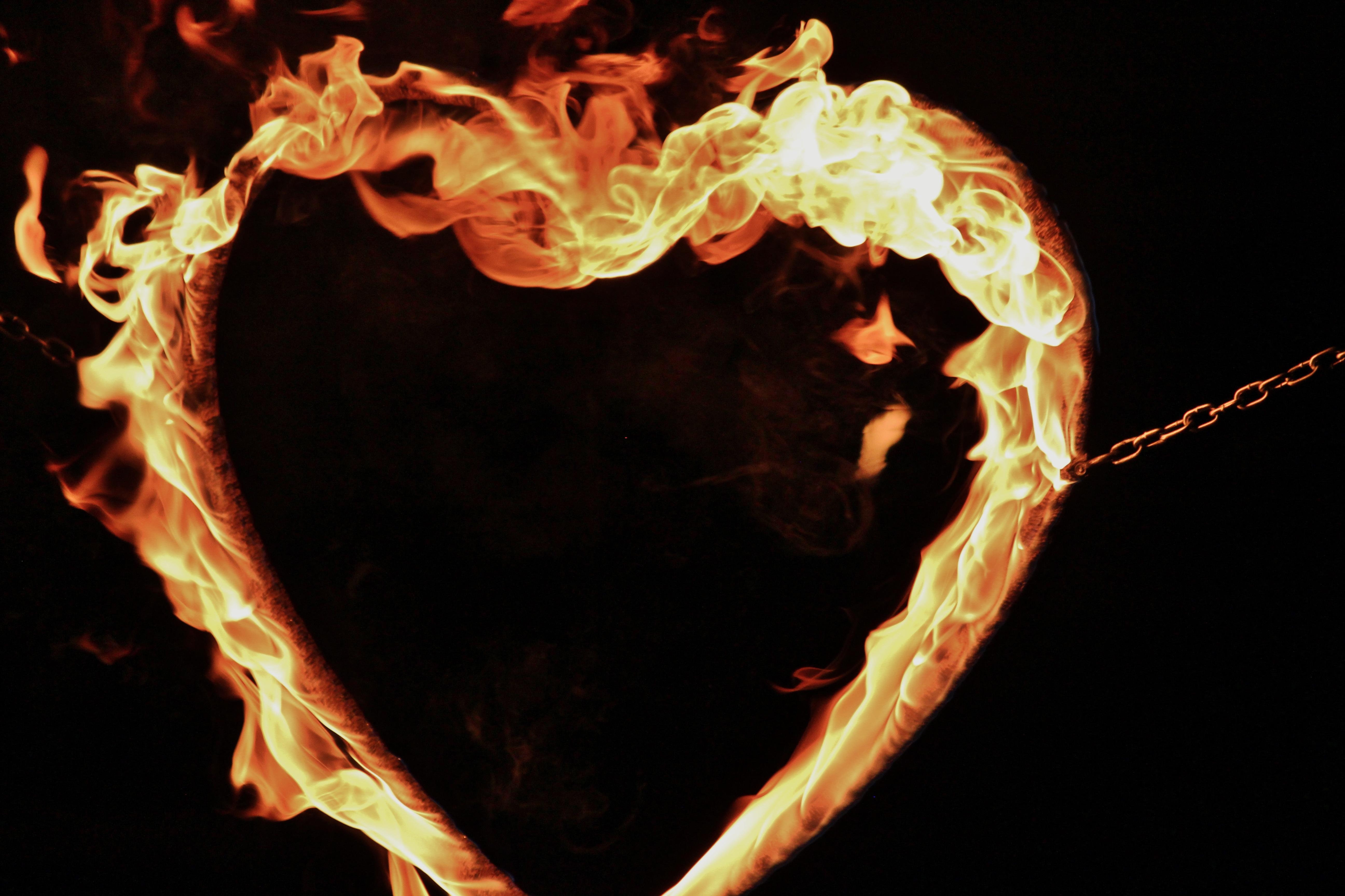 пламя и сердце картинки поражаешься, как