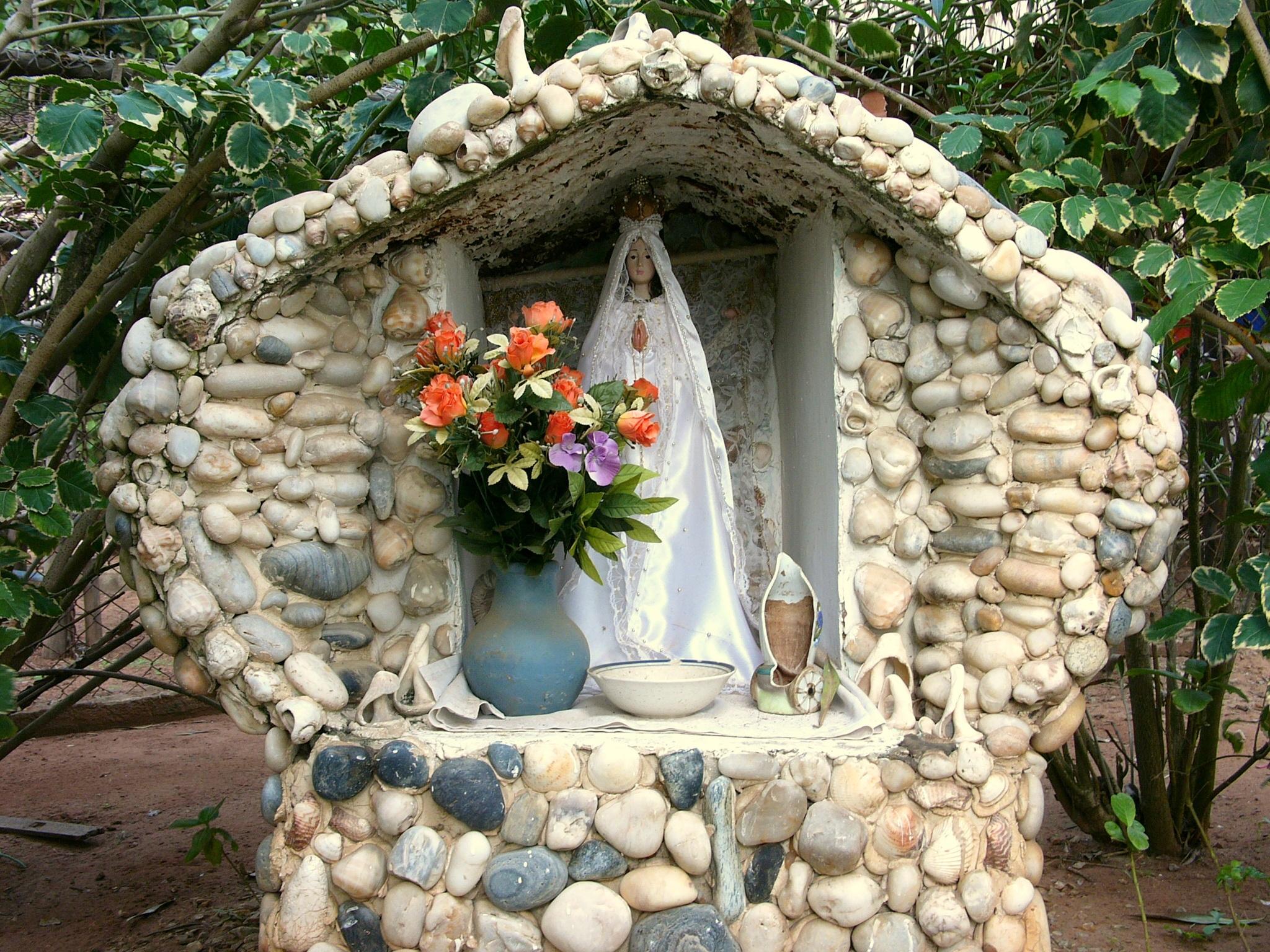 Fotos gratis flor piedra florero jard n flores - Decoracion navidena jardin ...