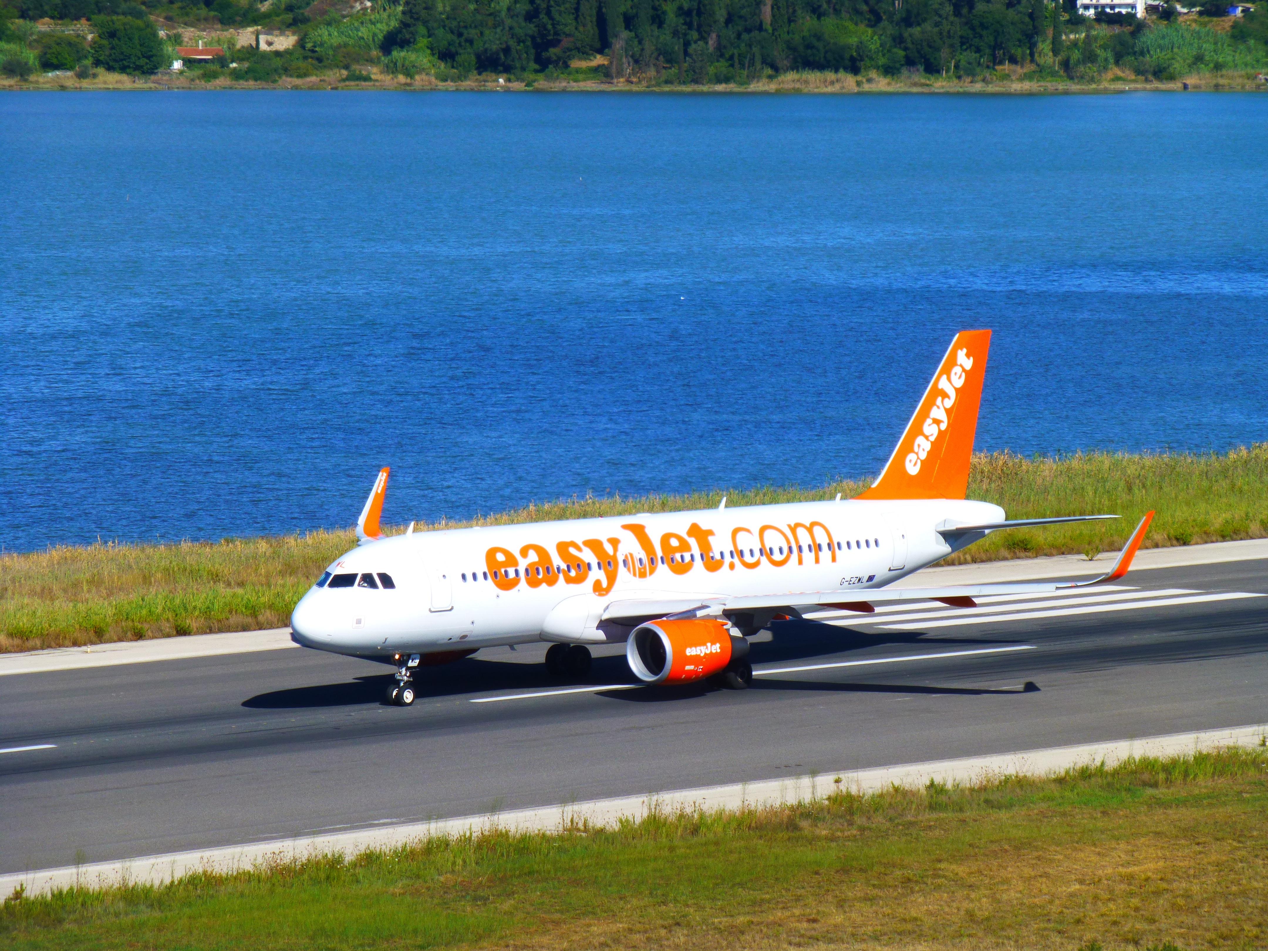 Bestil billige flybilletter og finde sidste   easyJetcom