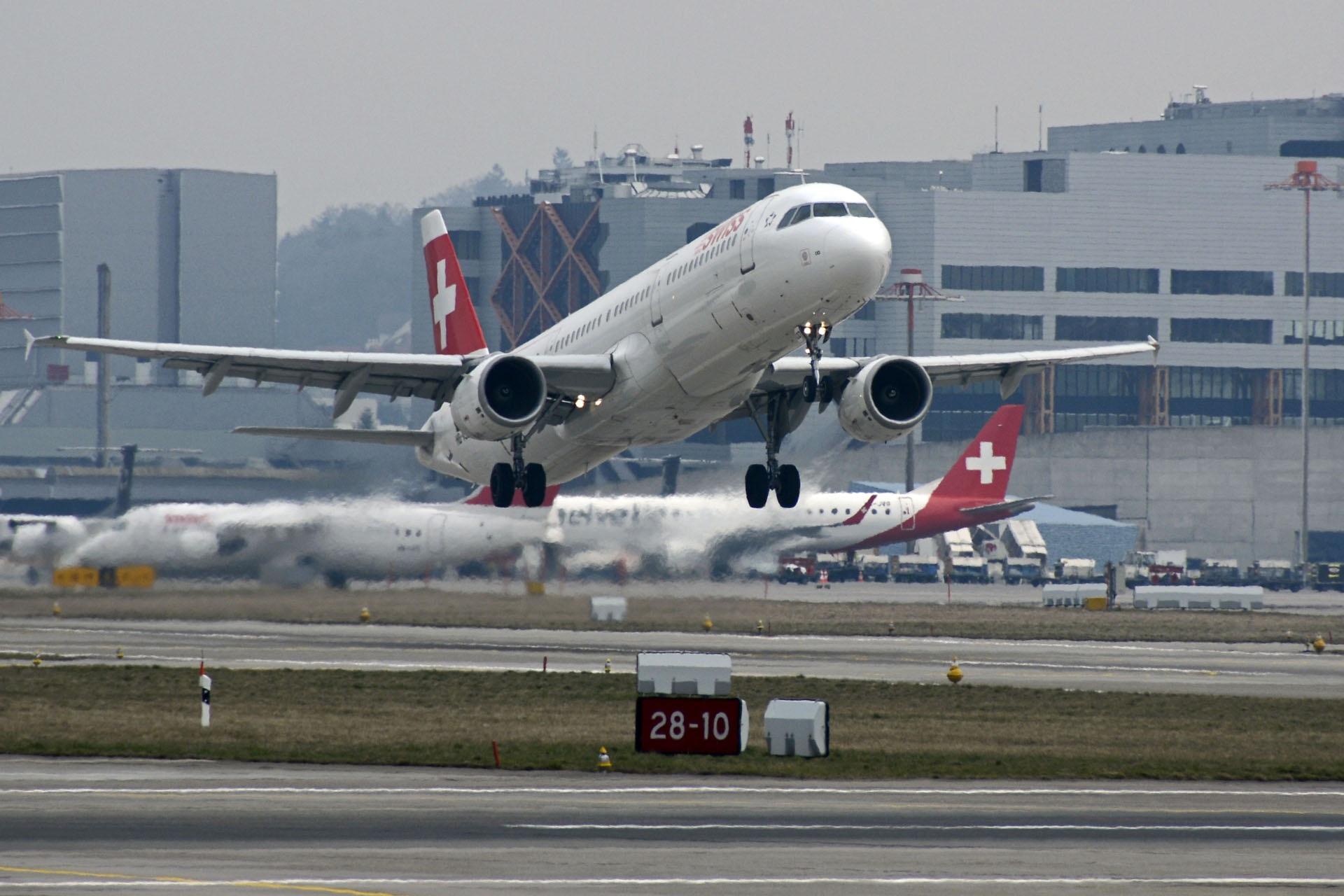 Yolcu trafik uçakları IL 18