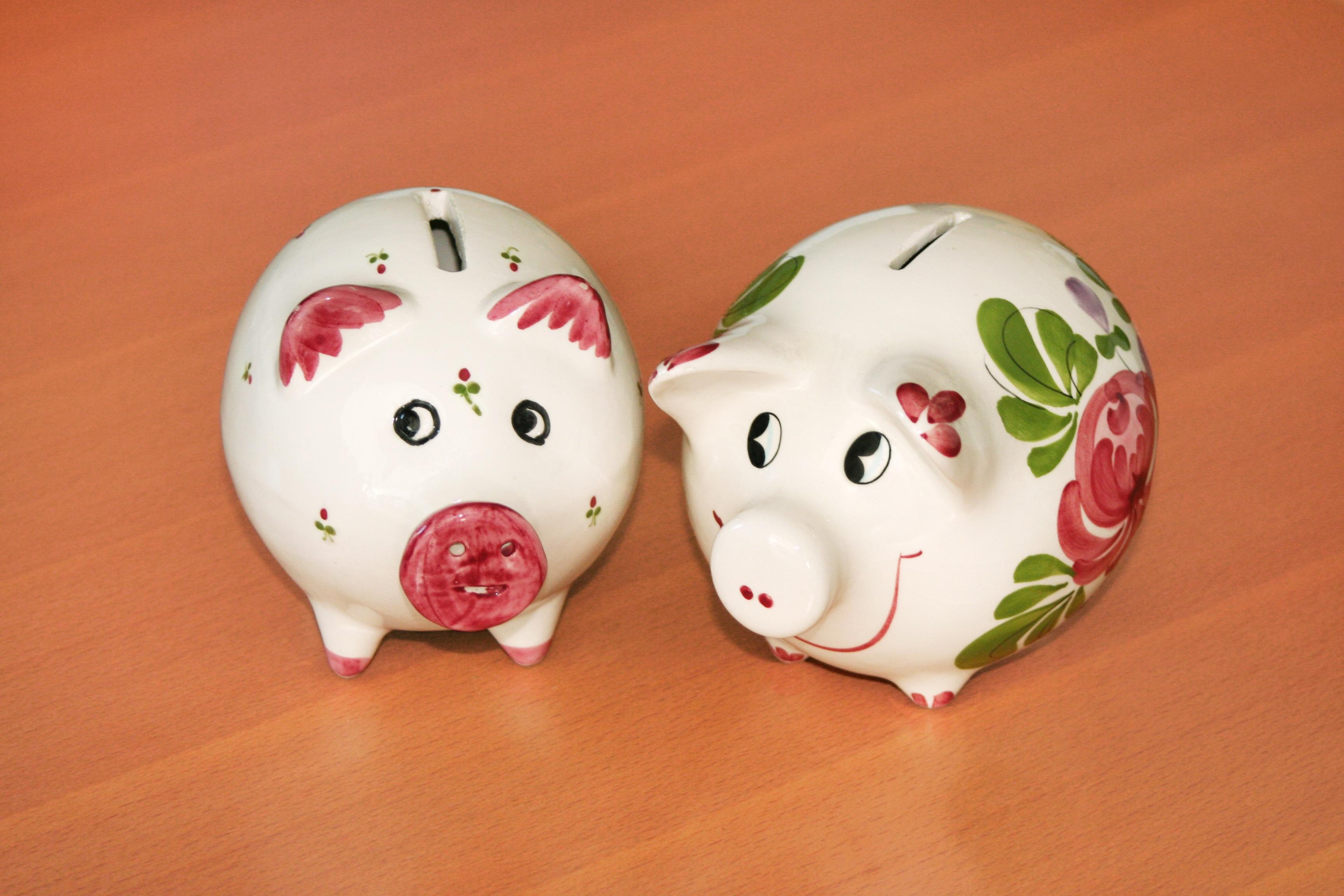 Gambar : makanan, keramik, uang, berwarna merah muda, anak ...