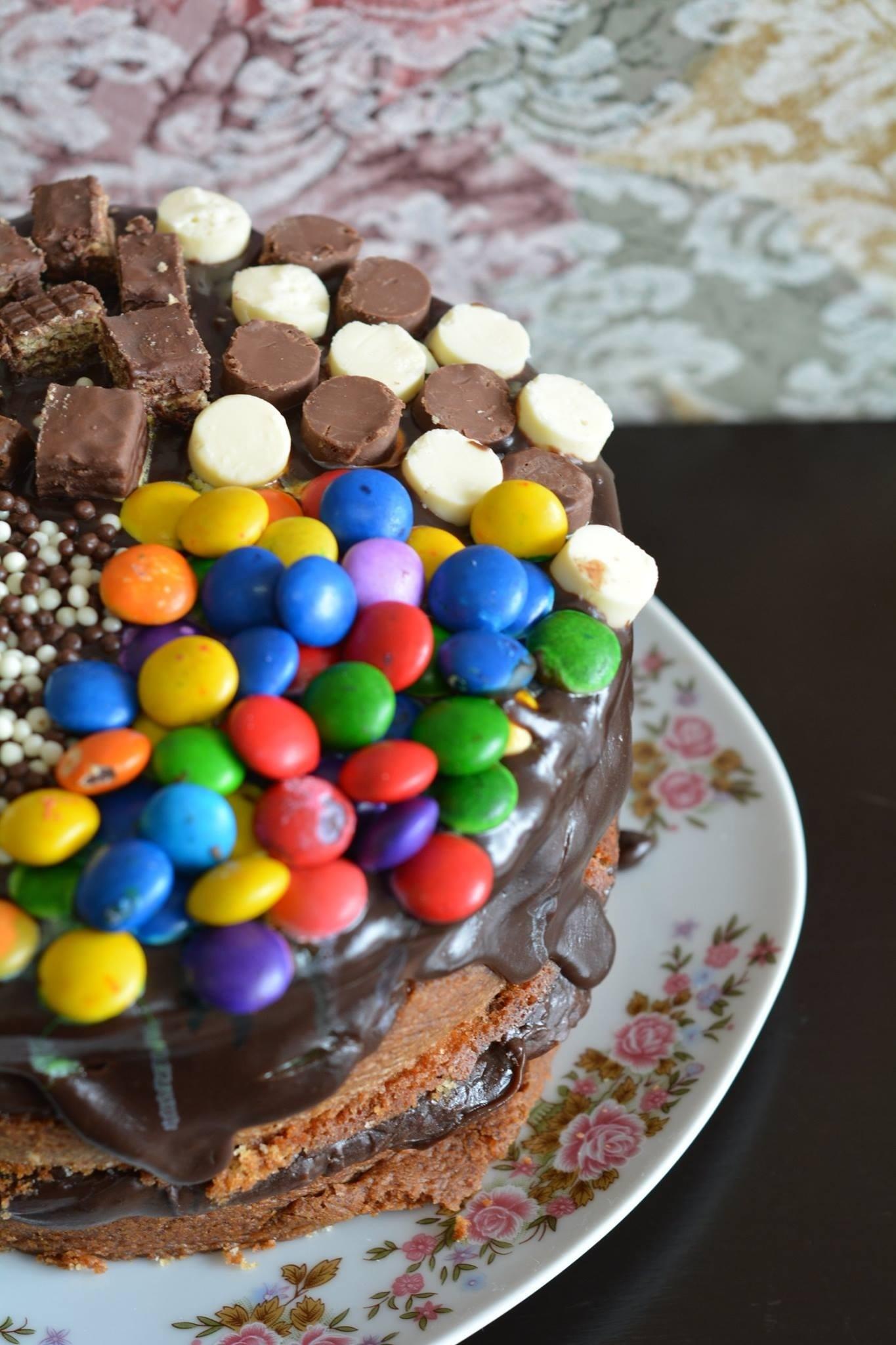 Free Images : baking, dessert, birthday cake, chocolate cake