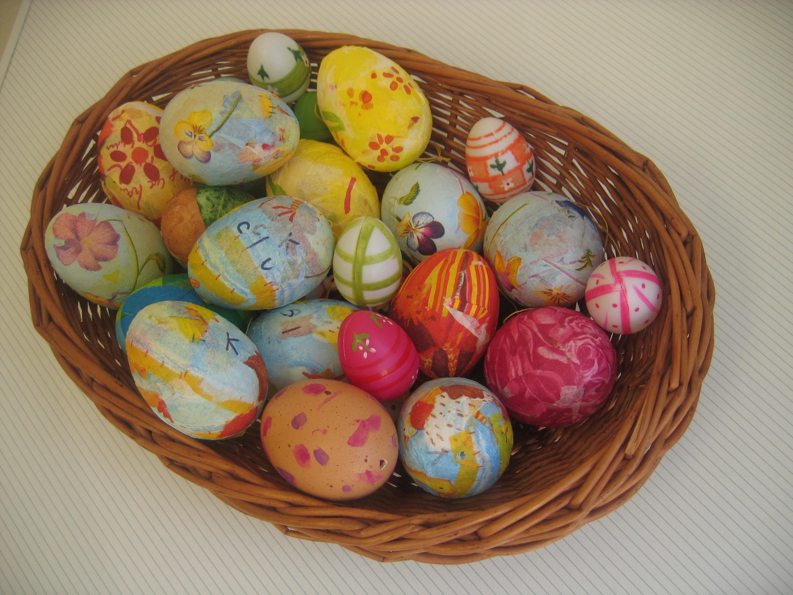 Fotoğraf Gıda Renk Boya Renkli Sepet Yumurta Boyama Sanat