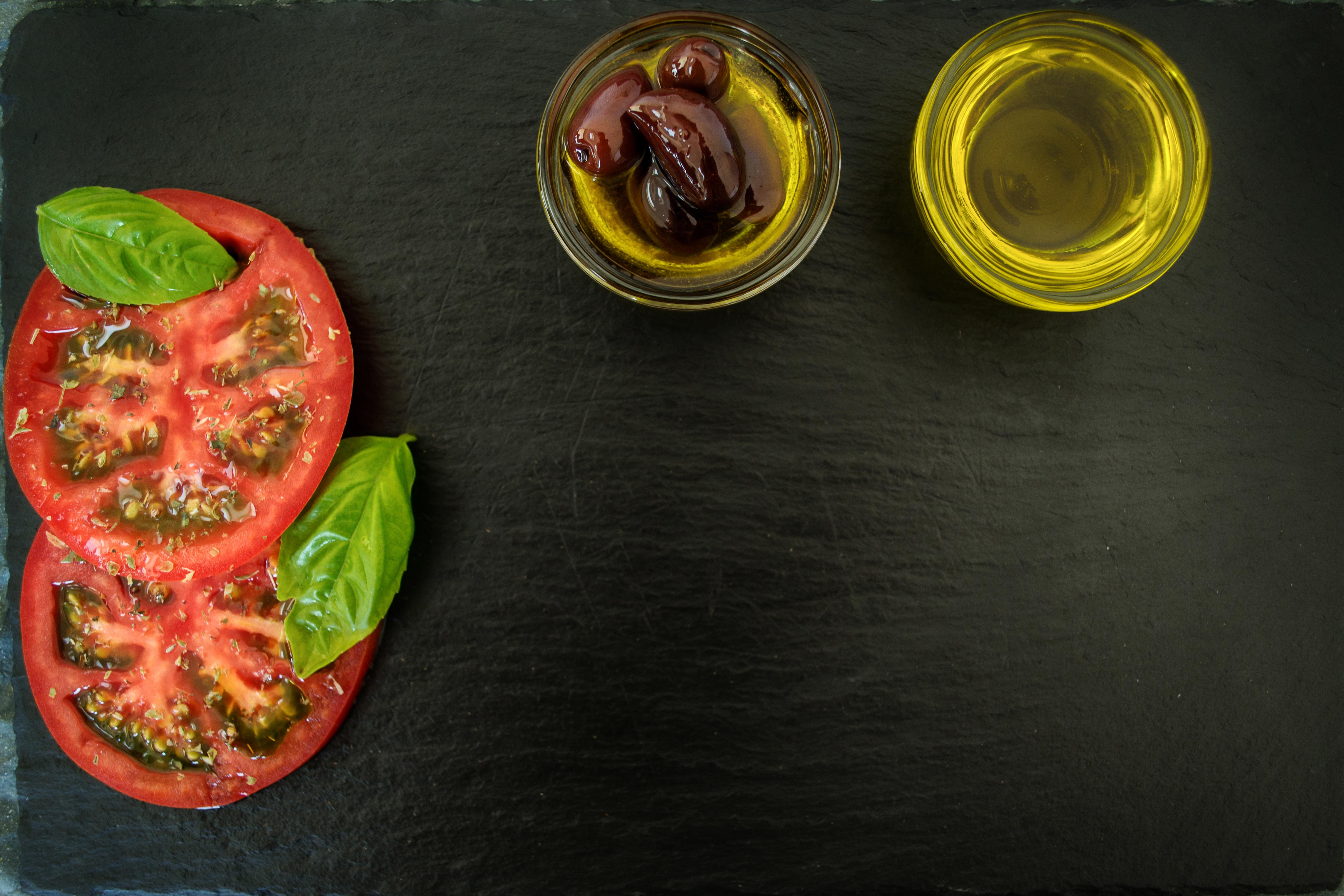 Darmowe Zdjęcia Gotować Pomidory Tło Danie Bazylia