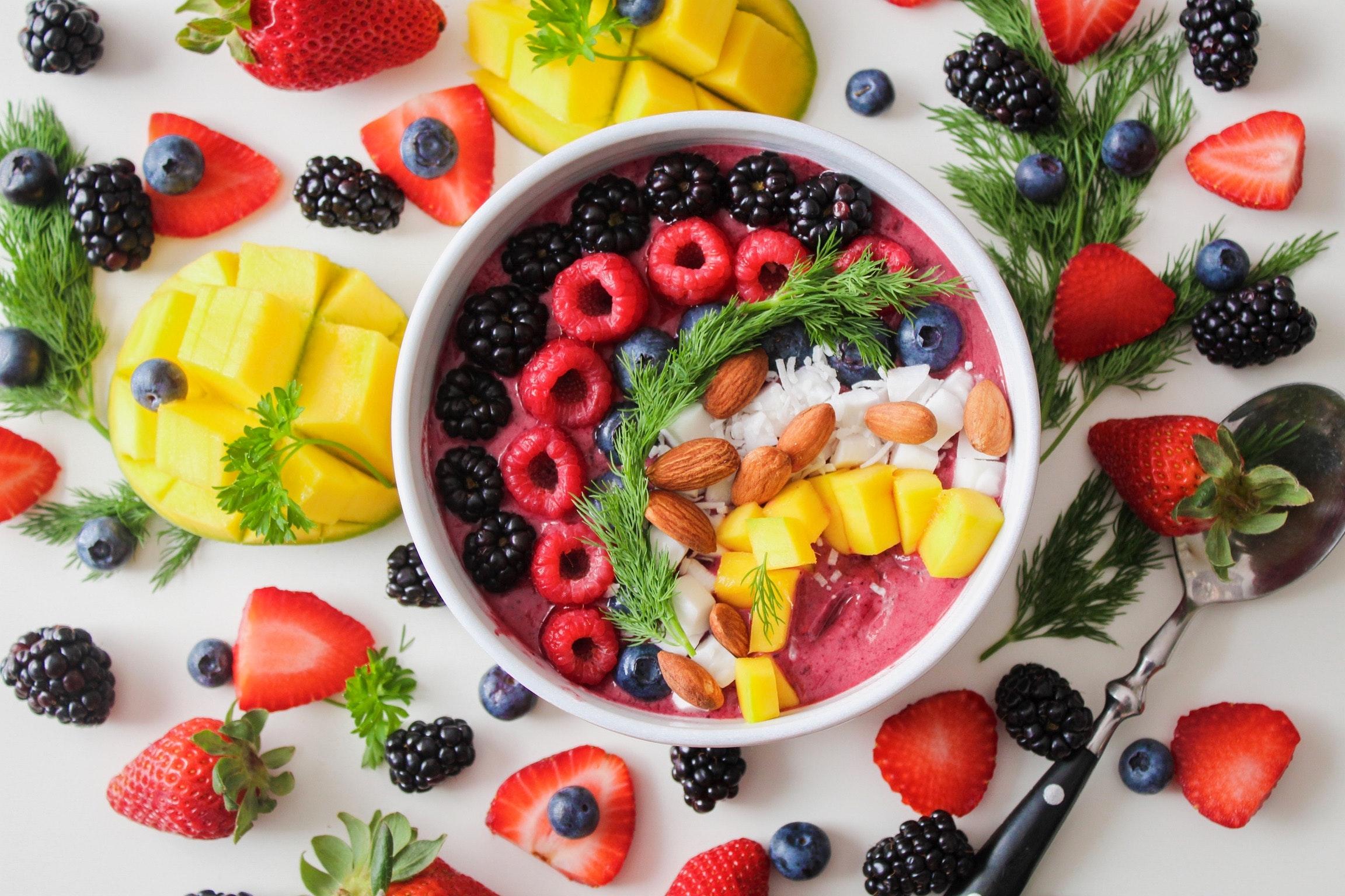 Яркие картинки с фруктами получить профессию