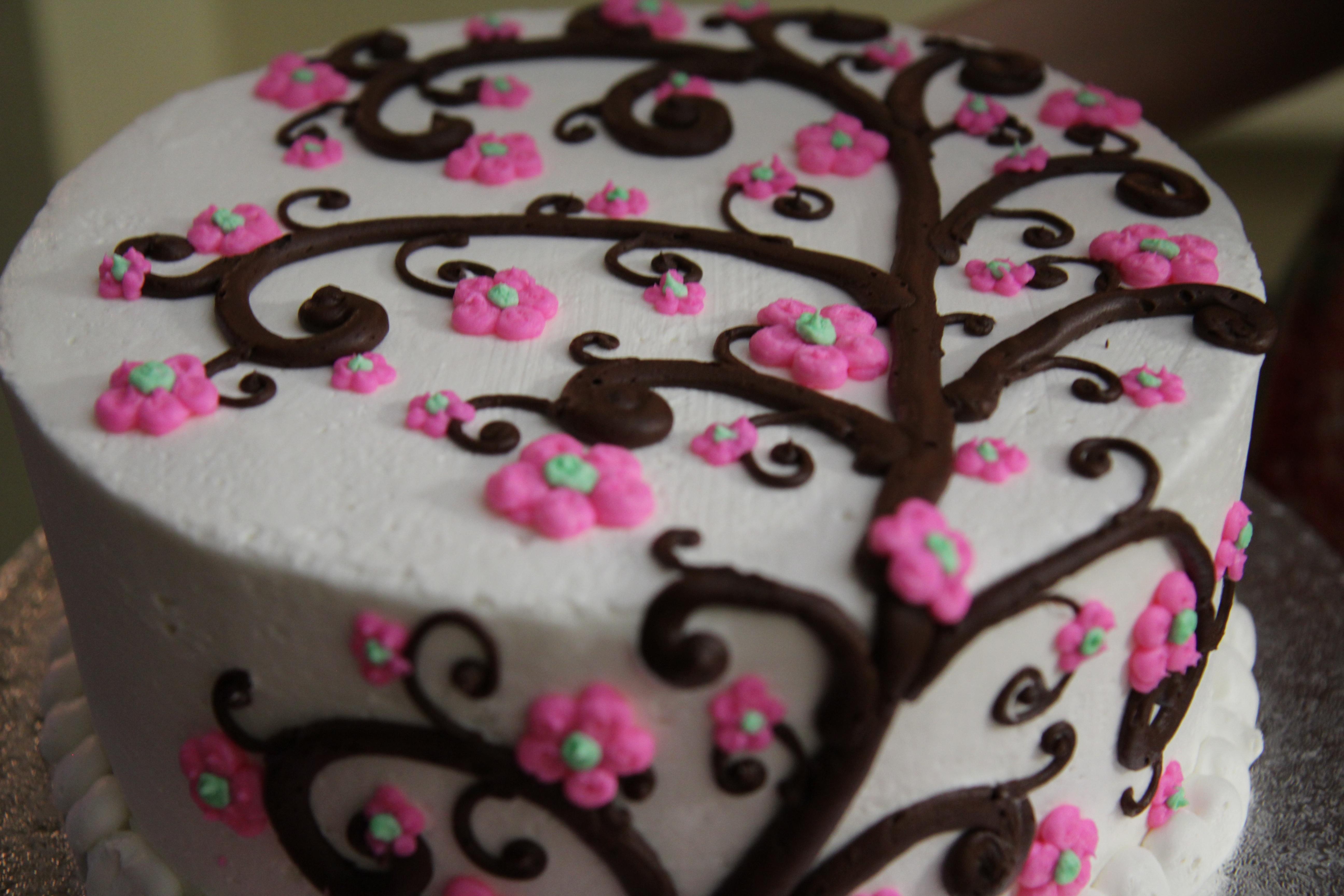 comida rosado crema postre cocina pastel panadera horneado pastel de cumpleaos formacin de hielo fondant cumpleaos