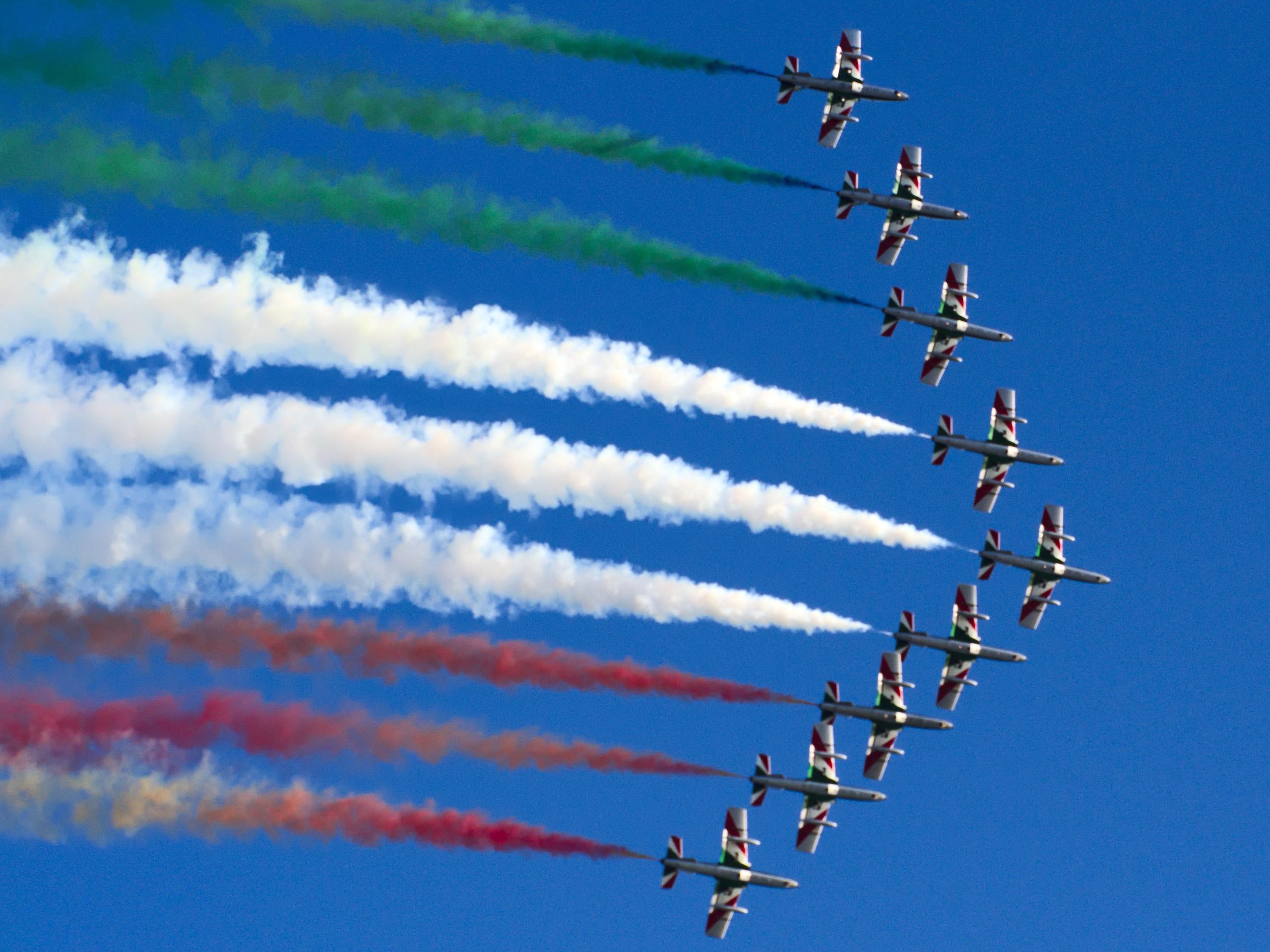 кабачков томатным картинки с самолетами в небе военный как время