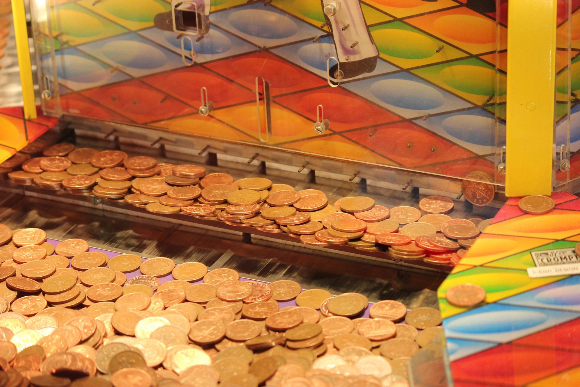 картинки : играть, Пища, цвет, Деньги, Спекулировать, публичное место, денежные средства, соревнование, золото, Стратегию, валюта, Доллар, аркада, казино, ...