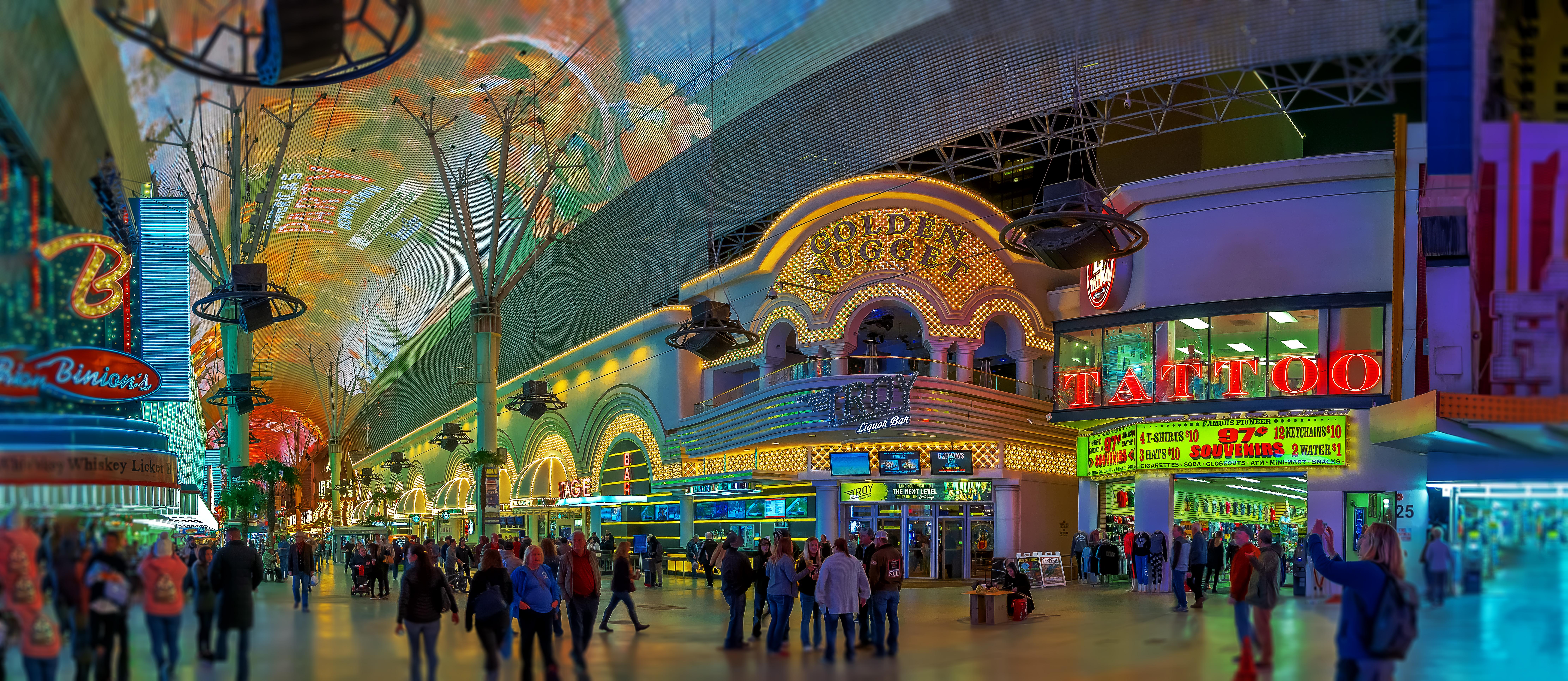 Biggest shopping centre in las vegas