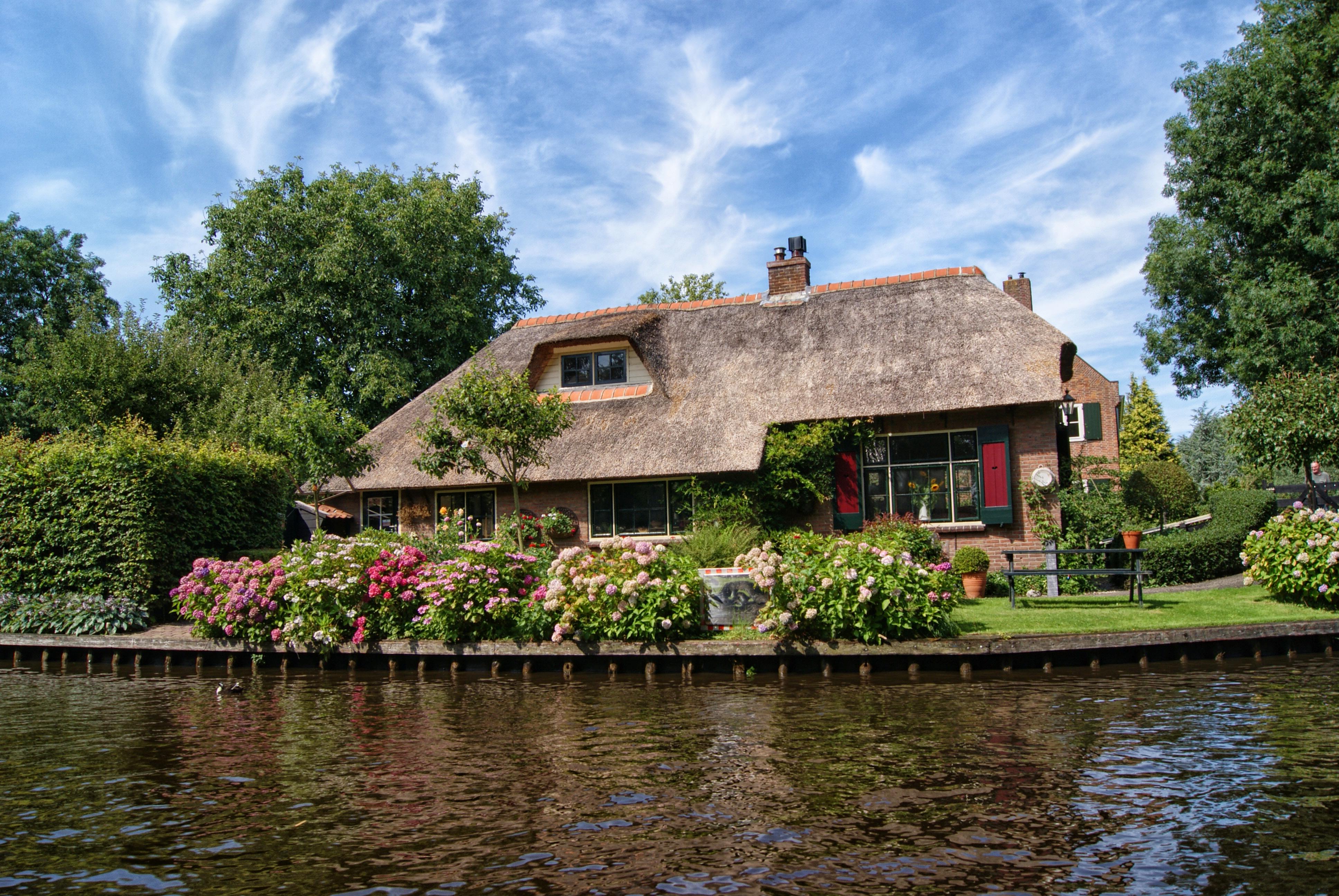 9491e7ffd20a Giethoorn Boerderij Huisje νερό σπίτι κήπος ποταμός αντανάκλαση Σπίτι  εξοχικό σπίτι ιδιοκτησία κανάλι δέντρο ακίνητα φυτό