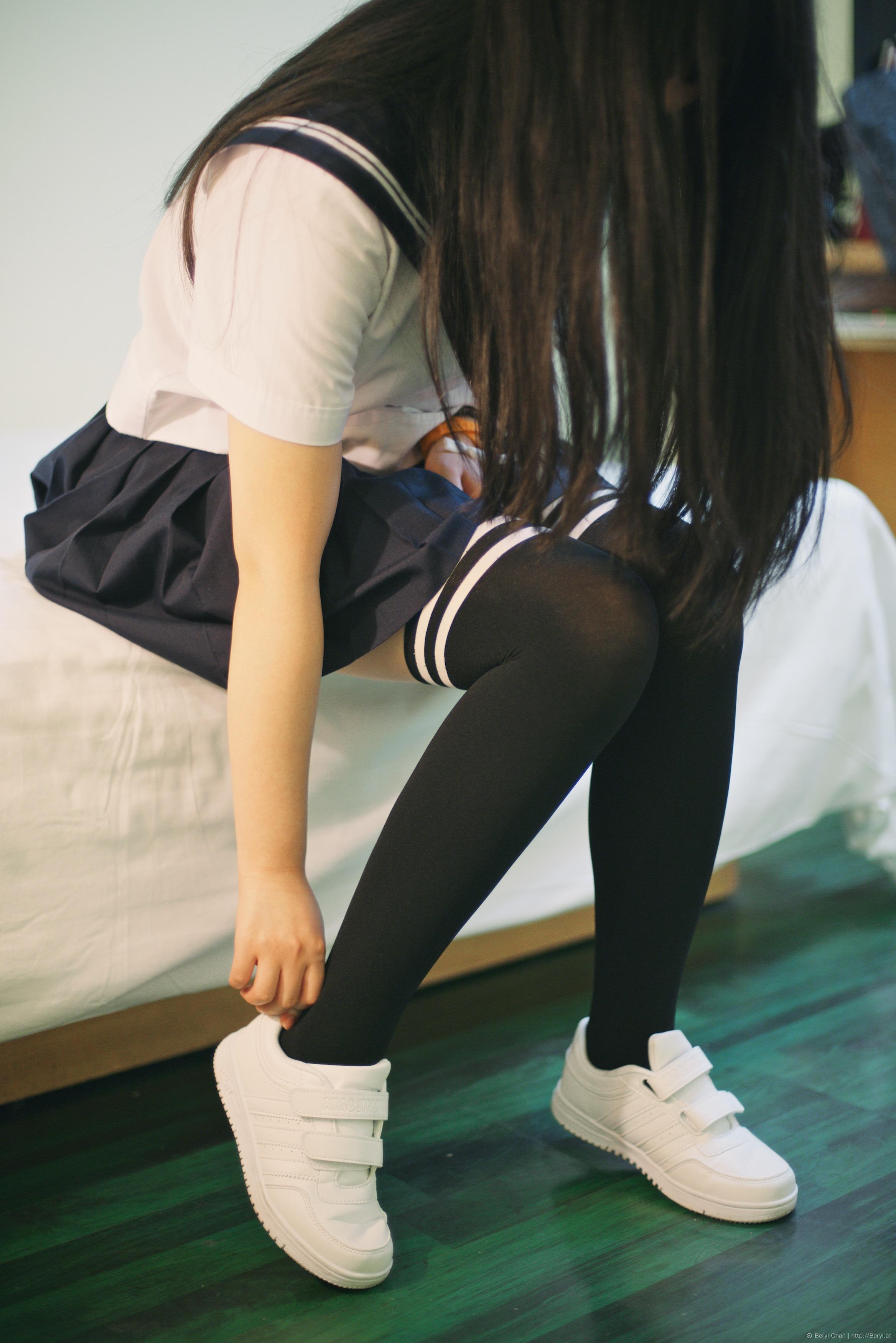 Free Images  Girl, Feet, Cute, Leg, Portrait, Foot, Indoor, Fashion, Nikon, Clothing -8649