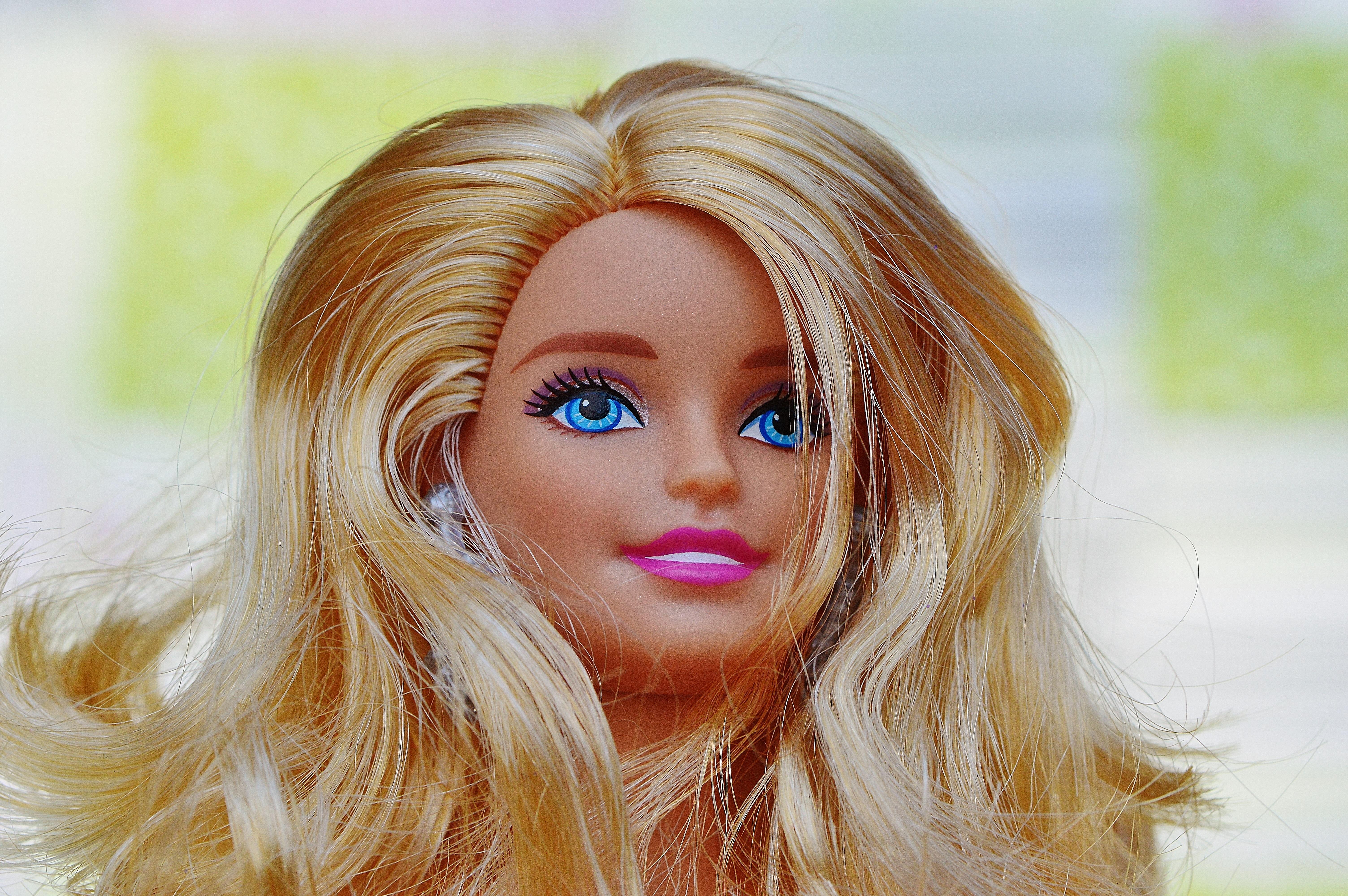 Colegiala de cabello rosado saltando sobre un pene full videogtgt httpbitlycolesalta - 5 2