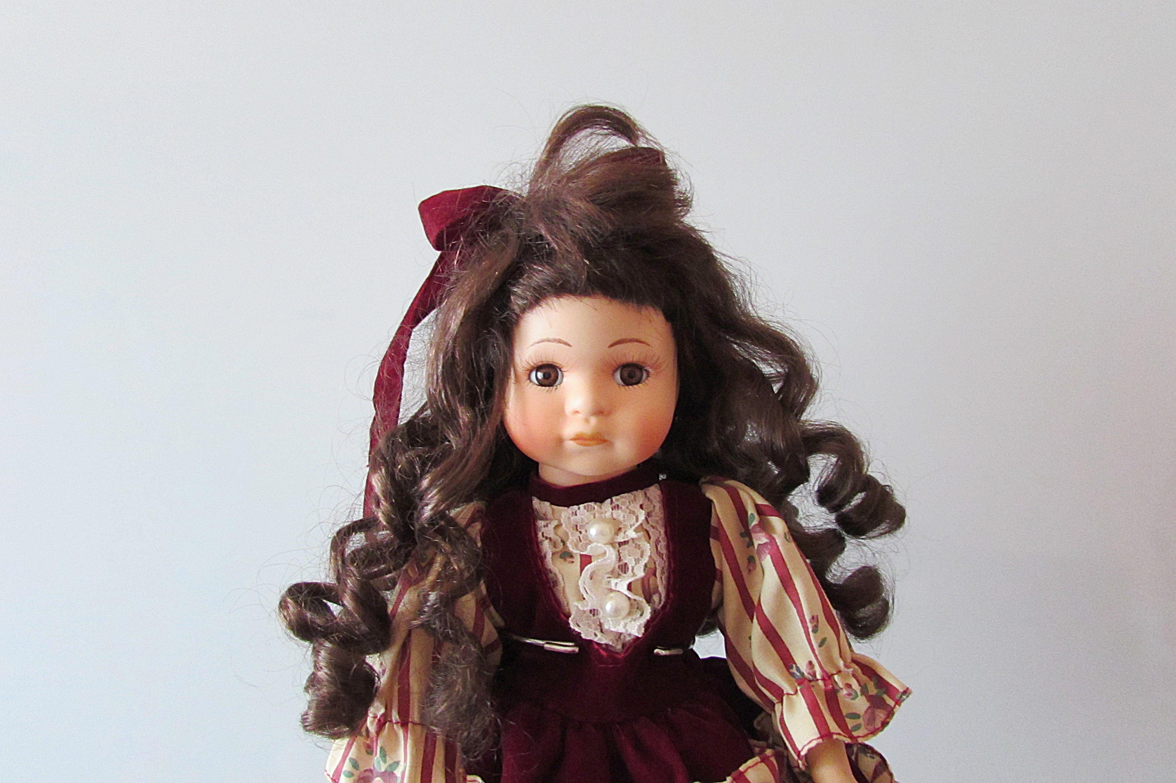 6820528701037 menina cabelo vermelho moda senhora Rosa brinquedo Penteado boneca vestir  Brinquedos sessão de fotos Boneca de