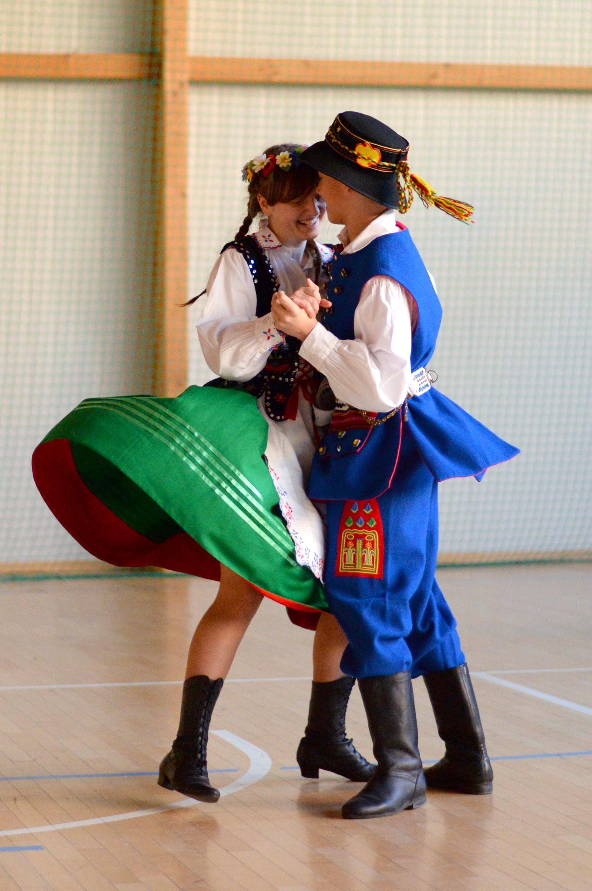 hvad er det som at danse en japansk pige 30 år gammel kvinde datering en 21 år gammel mand