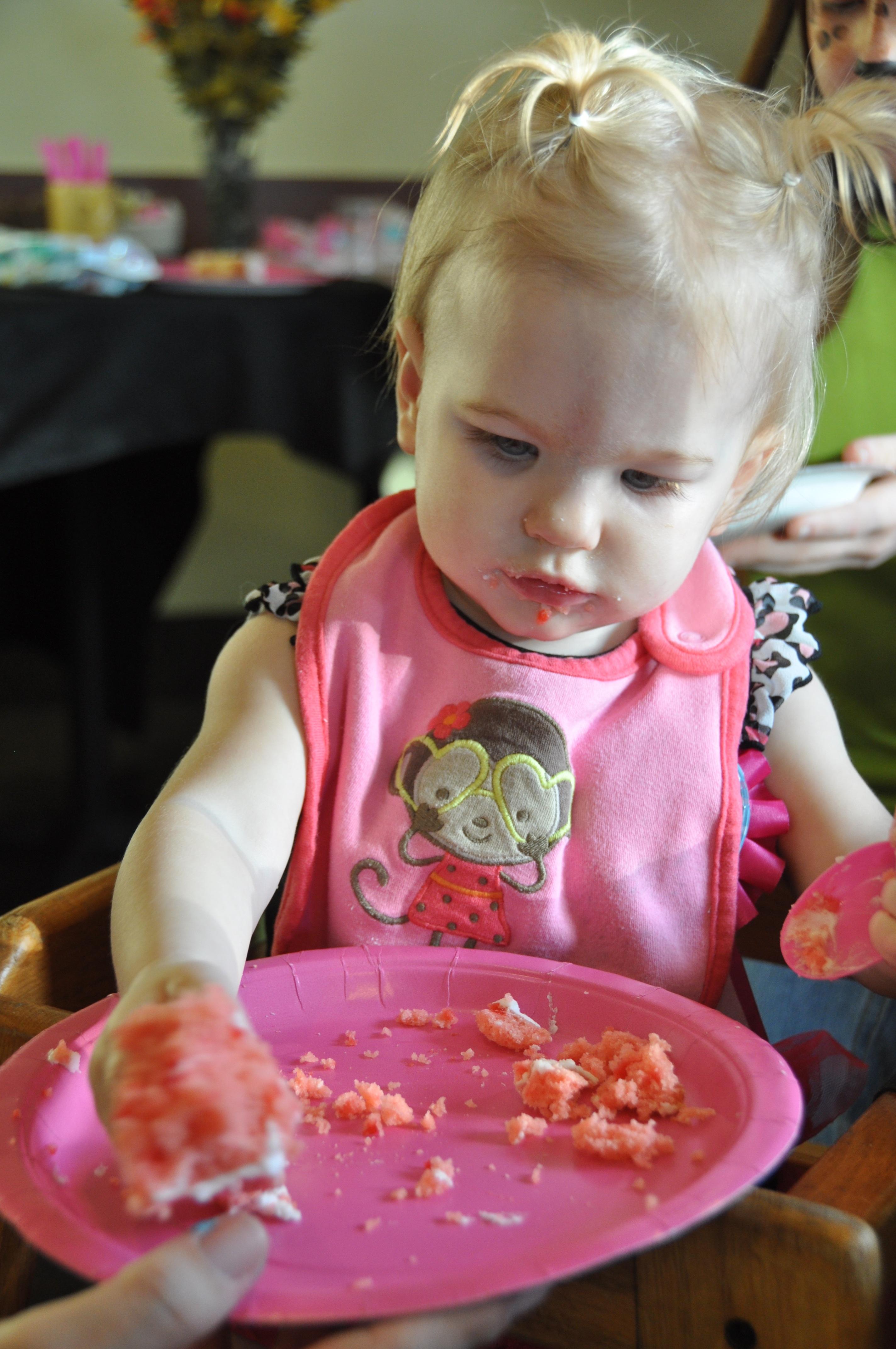 free images : girl, sweet, cute, celebration, food, child, cake