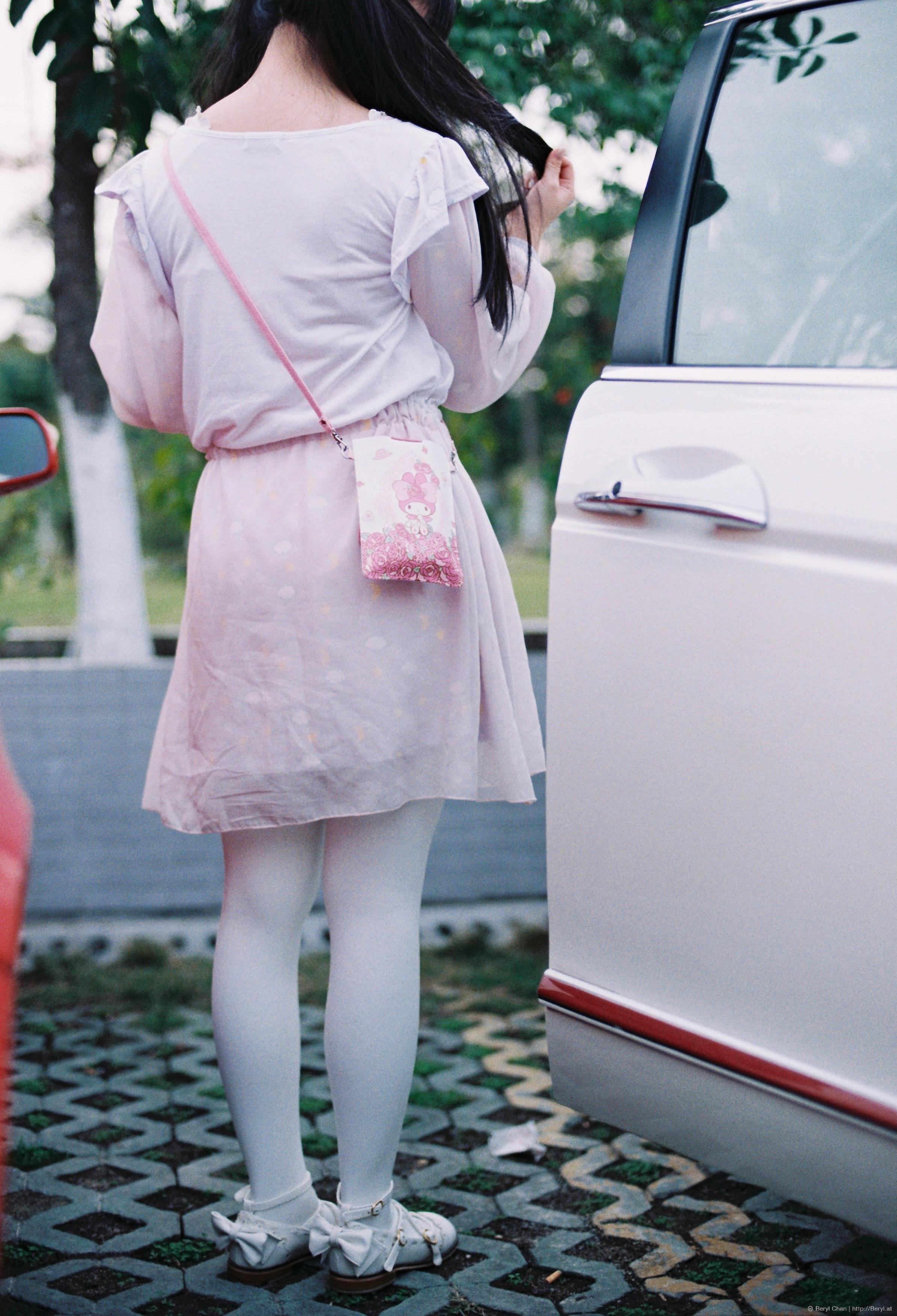 Bekend Gratis Afbeeldingen : meisje, wit, been, portret, de lente, rood &IQ55