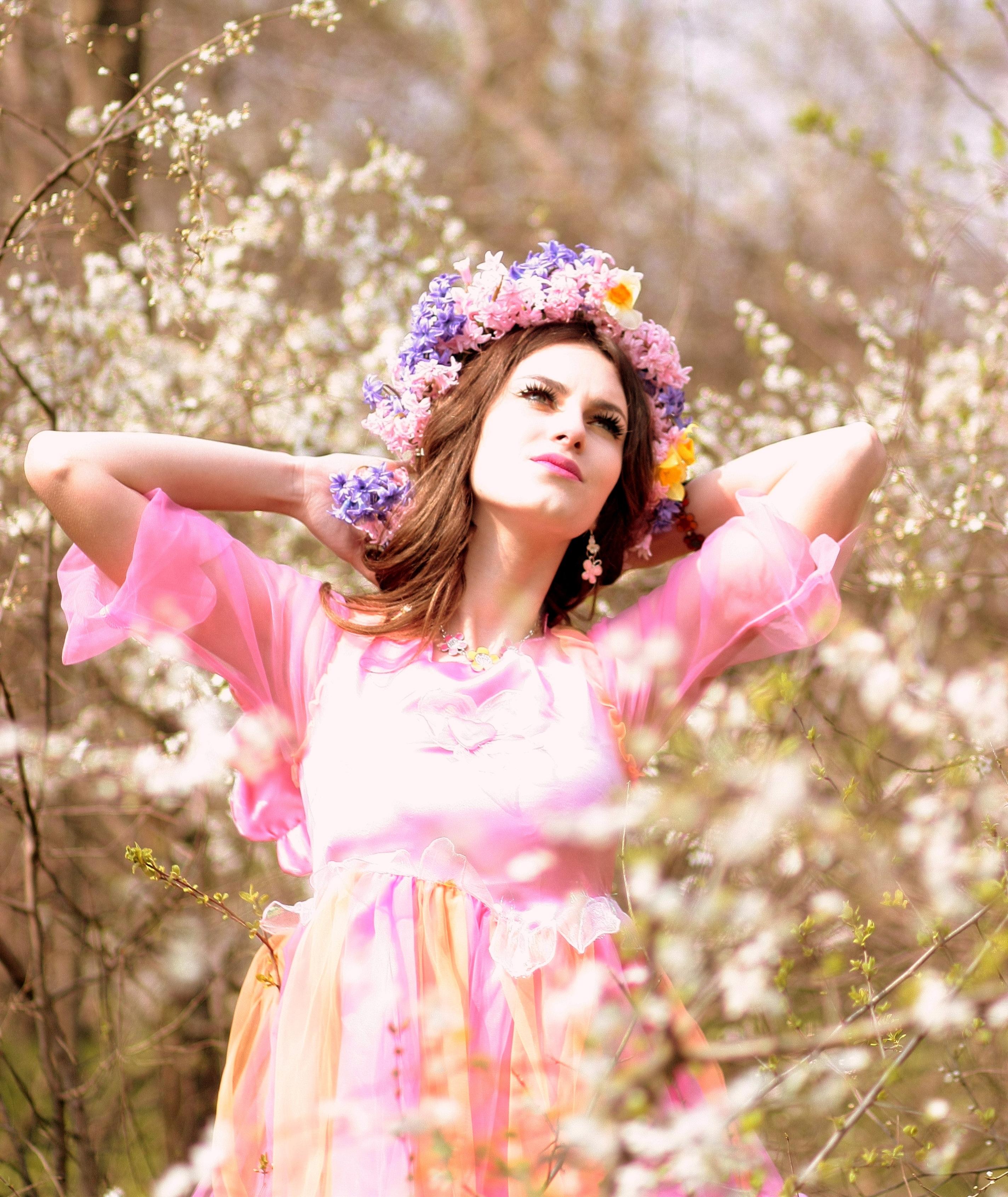 Fotos gratis : niña, blanco, fotografía, flor, primavera, ropa ...
