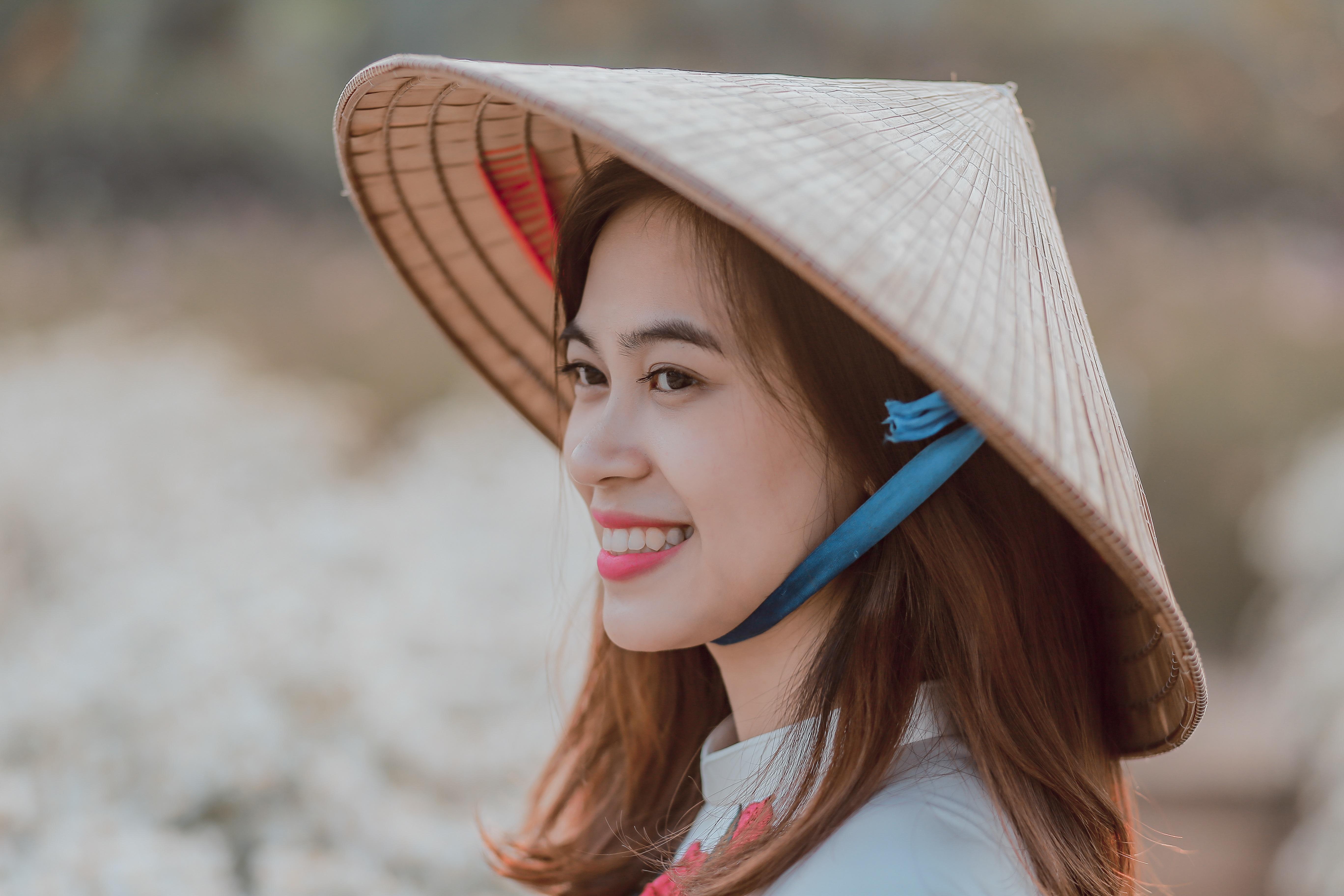 вьетнамская шляпа фото