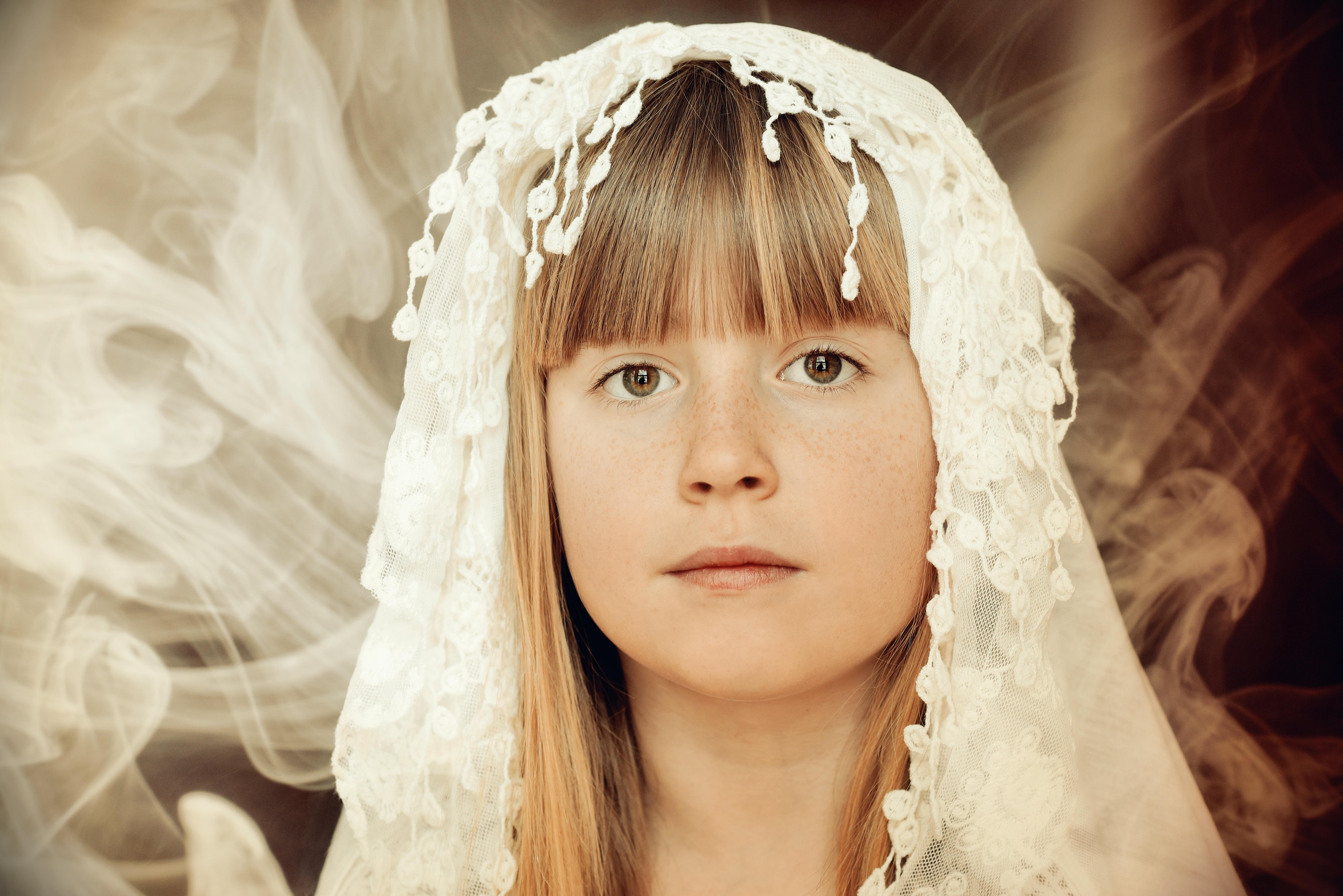 Kostenlose foto Mädchen Frau Haar Fotografie Rauch Porträt