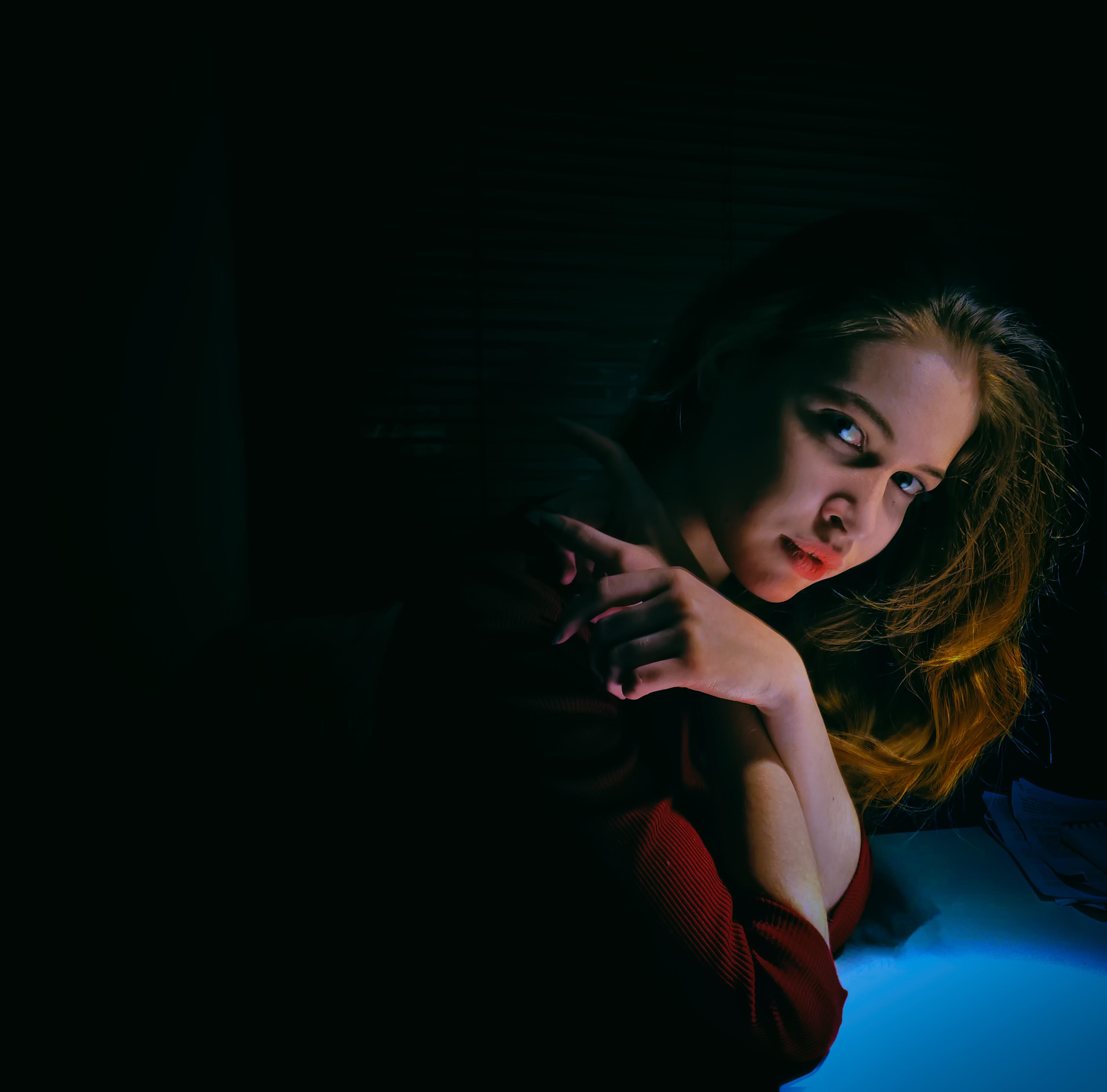 Gambar Gadis Wanita Model Merah Kegelapan Keindahan Pemotretan Fotografi Potret Komputer Wallpaper 3795x3743 1398118 Galeri Foto Pxhere