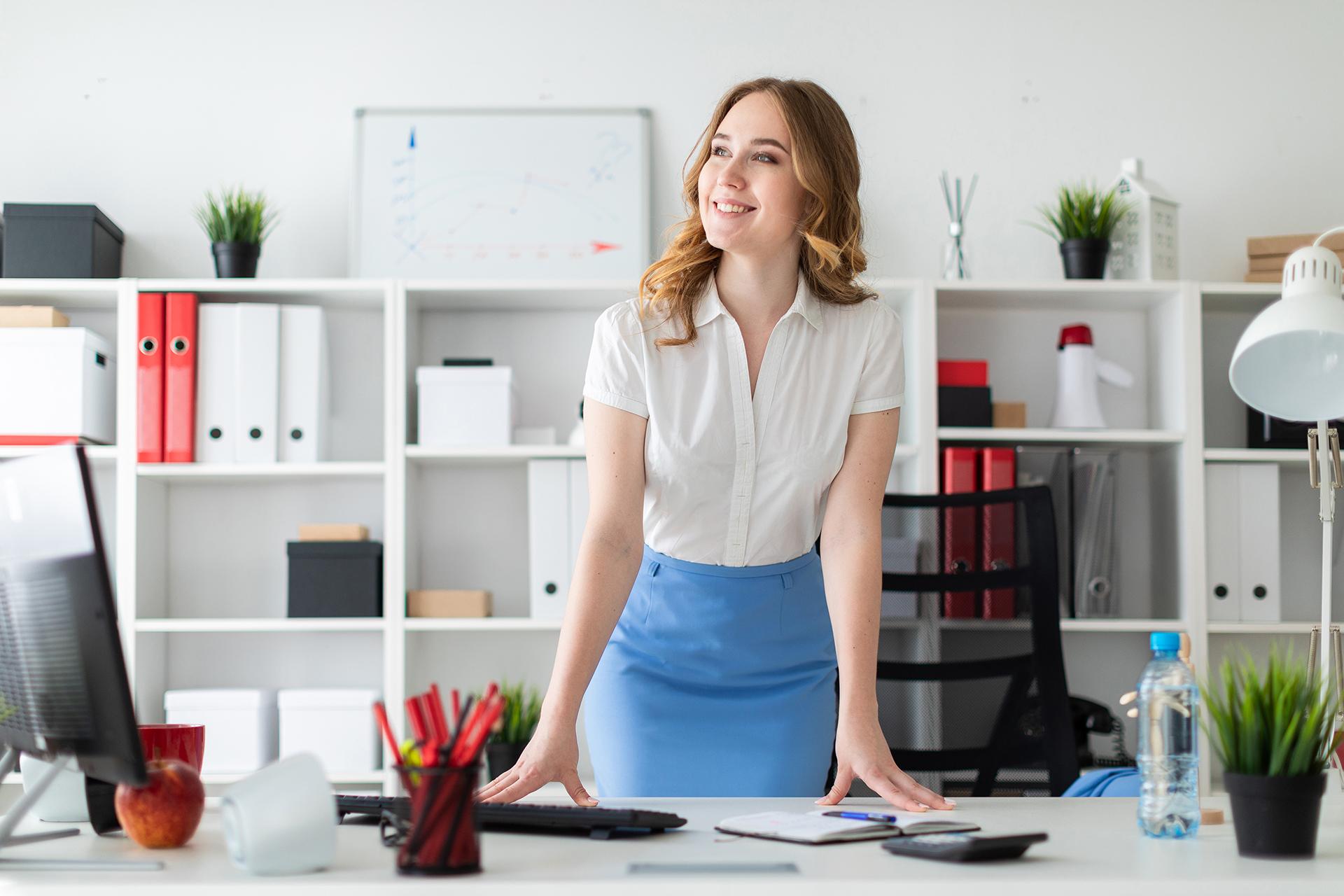 Бизнес девушка модель работы отношение работников к фирме и работе в американской модели менеджмента