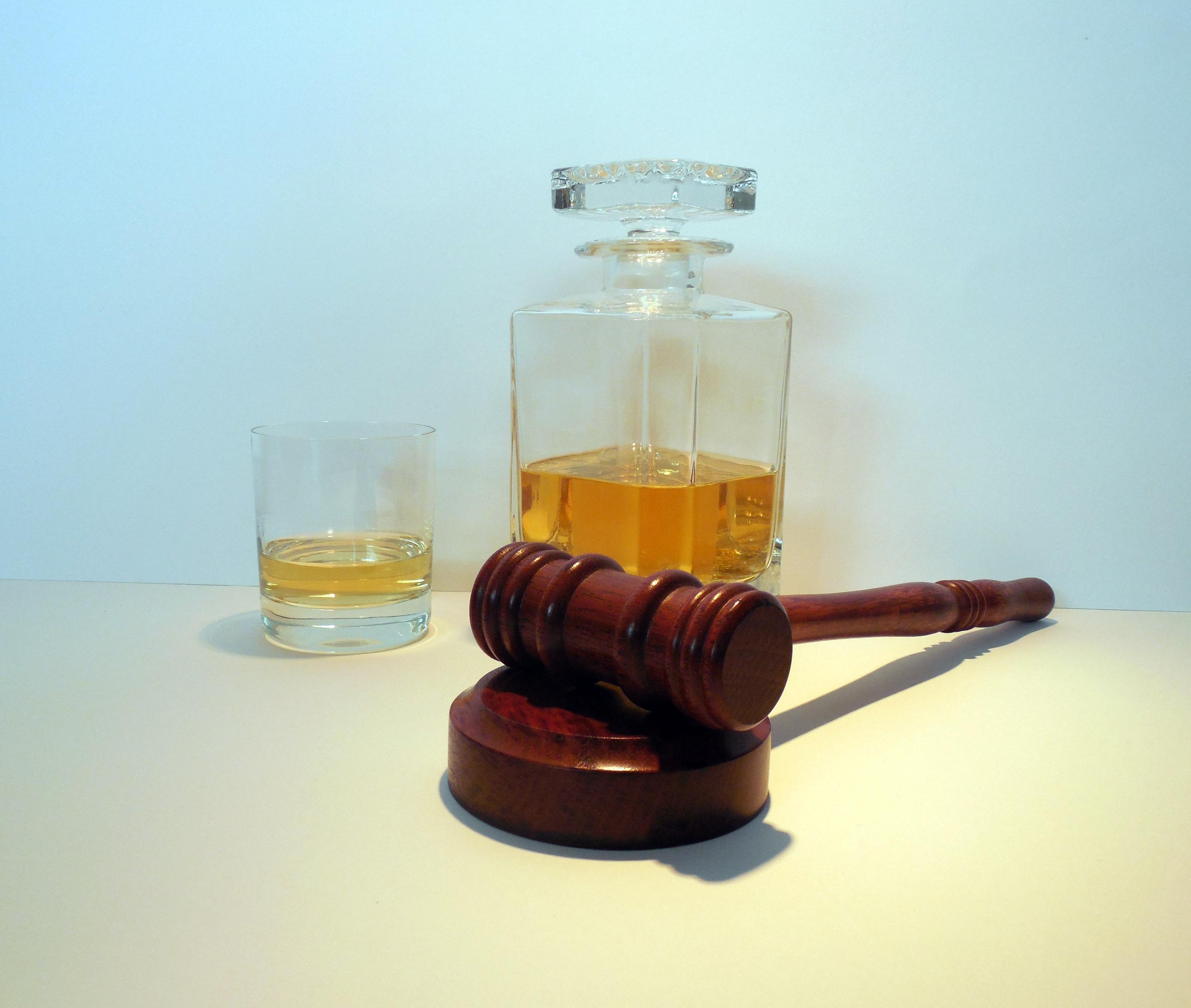 Kostenlose foto : Glas, Bar, Hammer, Getränk, Flasche, Beleuchtung ...