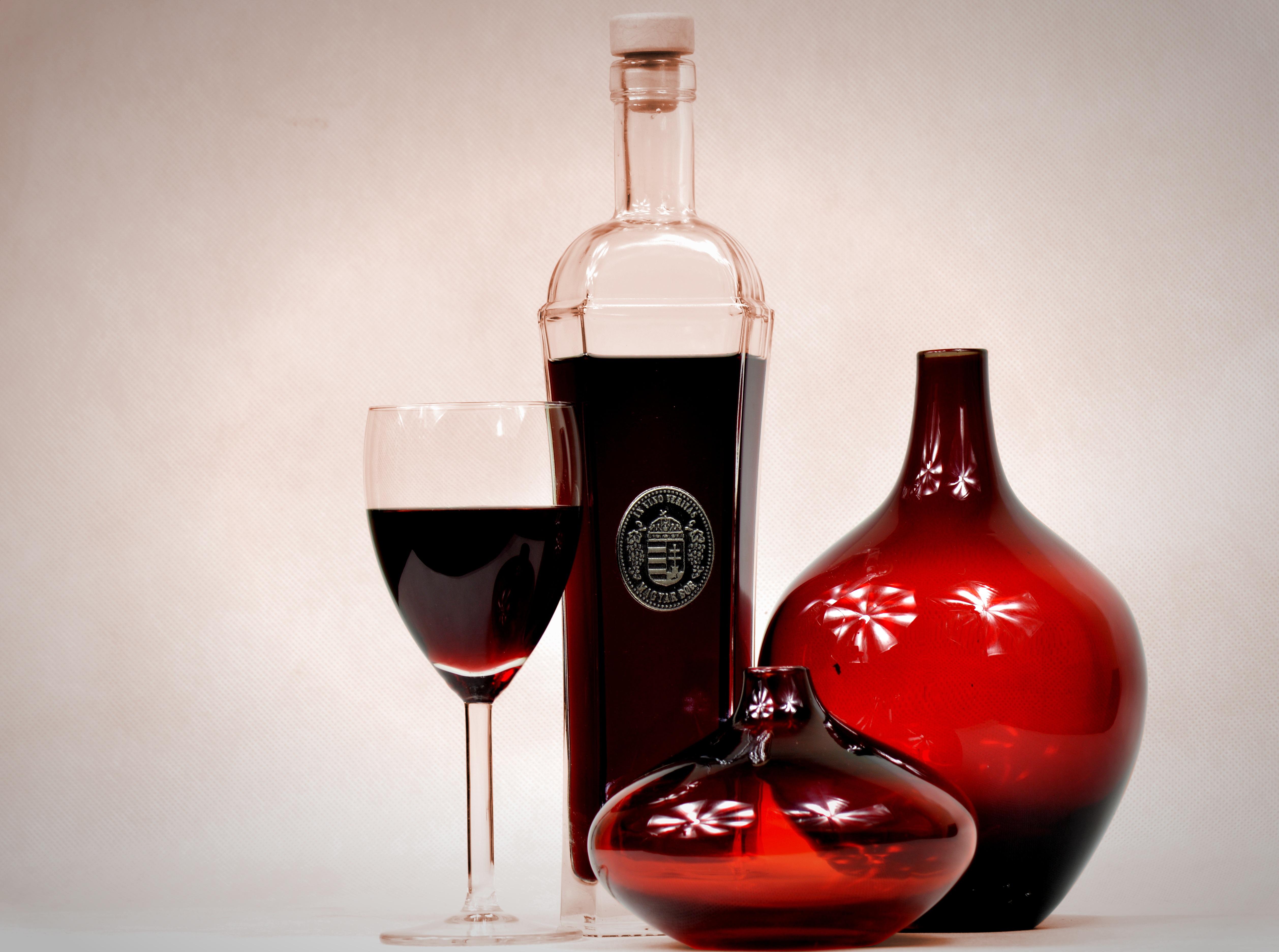 картинки вина в бутылке дома растения содержат себе