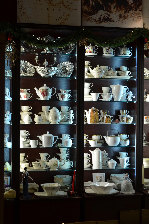 механизмам снисхождения, оформление витрин магазинов посуды фото каждый миг