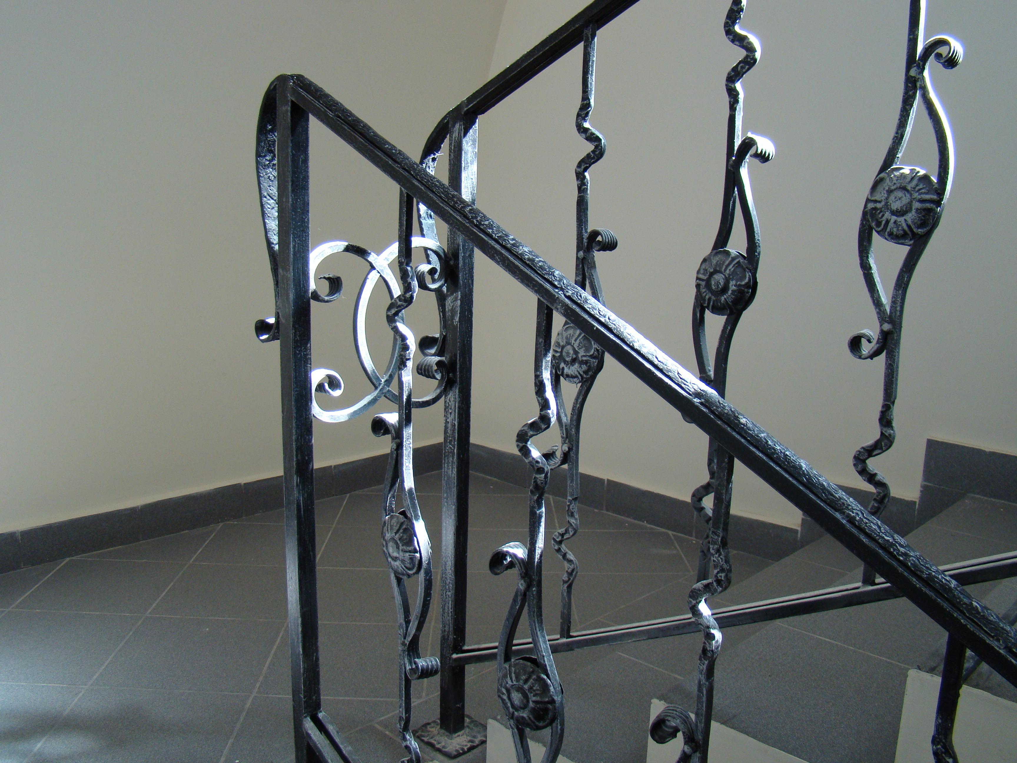 Fotos Gratis Vaso Barandilla Metal Habitaci N Material  ~ Barandillas De Forja Para Escaleras De Interior