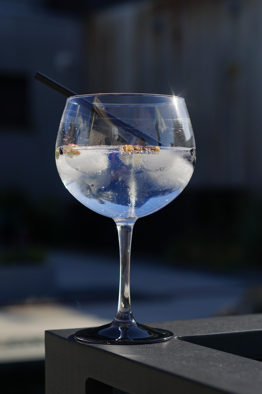 Kostenlose foto : Glas, Sommer-, Betrachtung, blau, Cocktail ...
