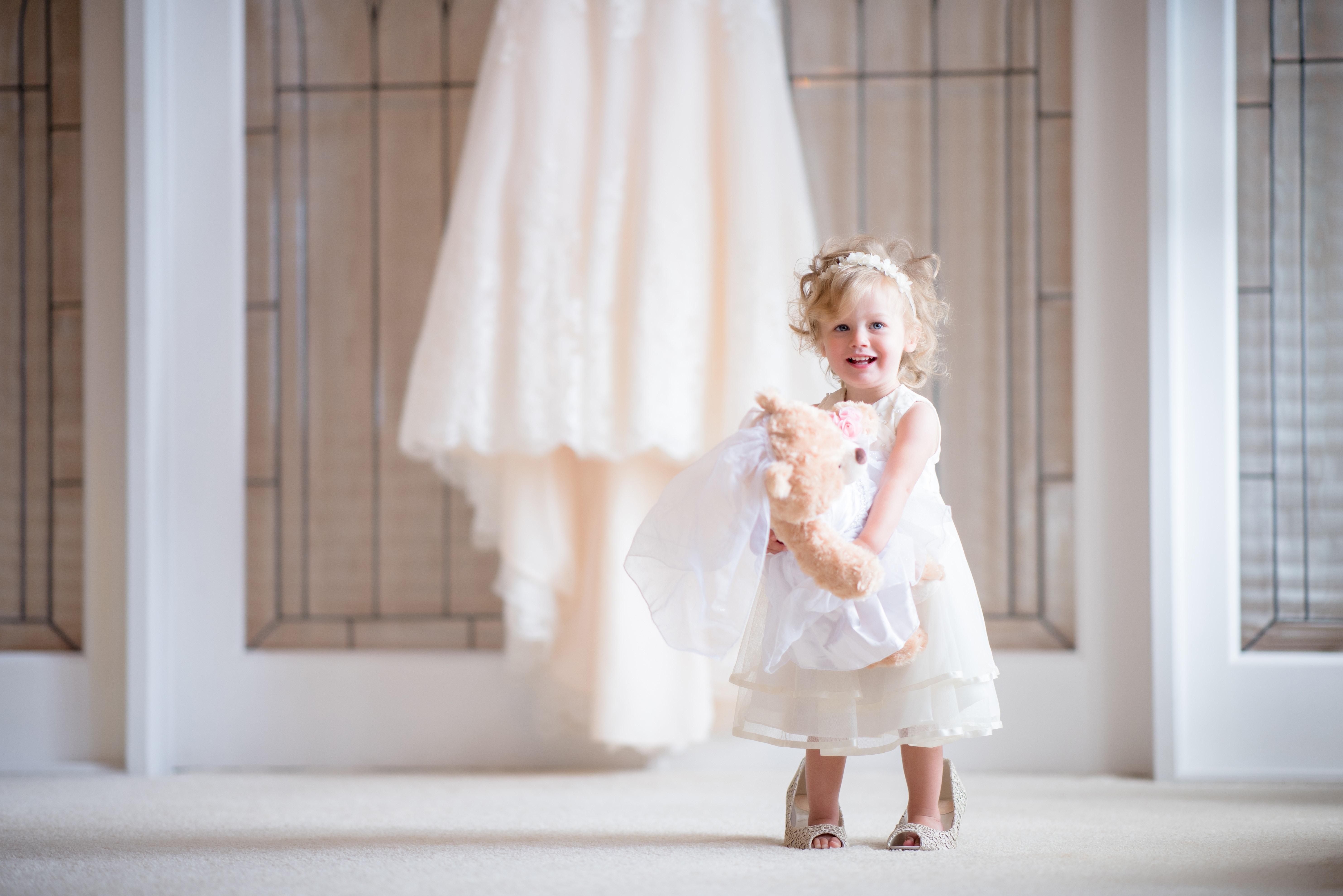 539057bd482d talár fotografie svadobné šaty svadobné oblečenie nevesta šaty dievča  vrchné odevy textilné rameno kvetinárka fotenie svadobné