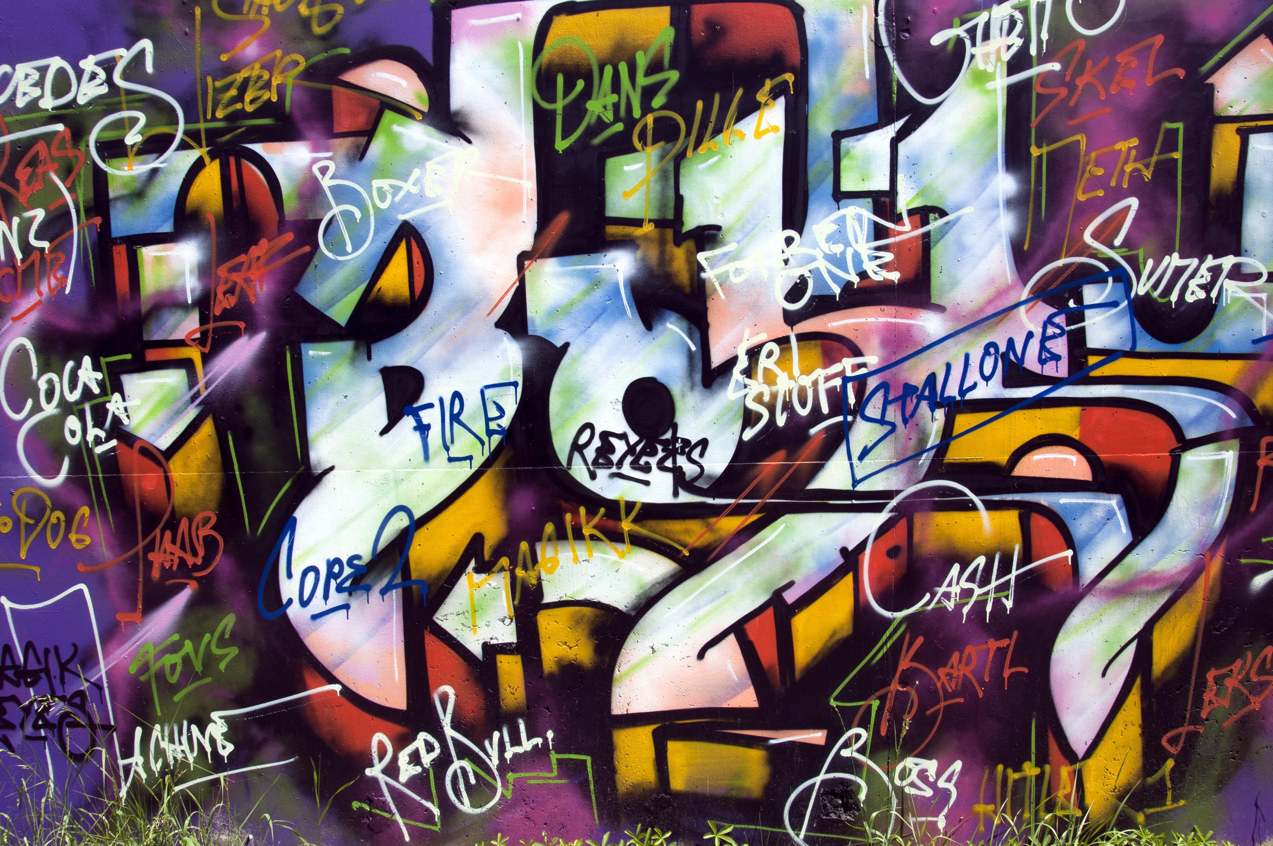 graffiti art creativity painted wall comic book