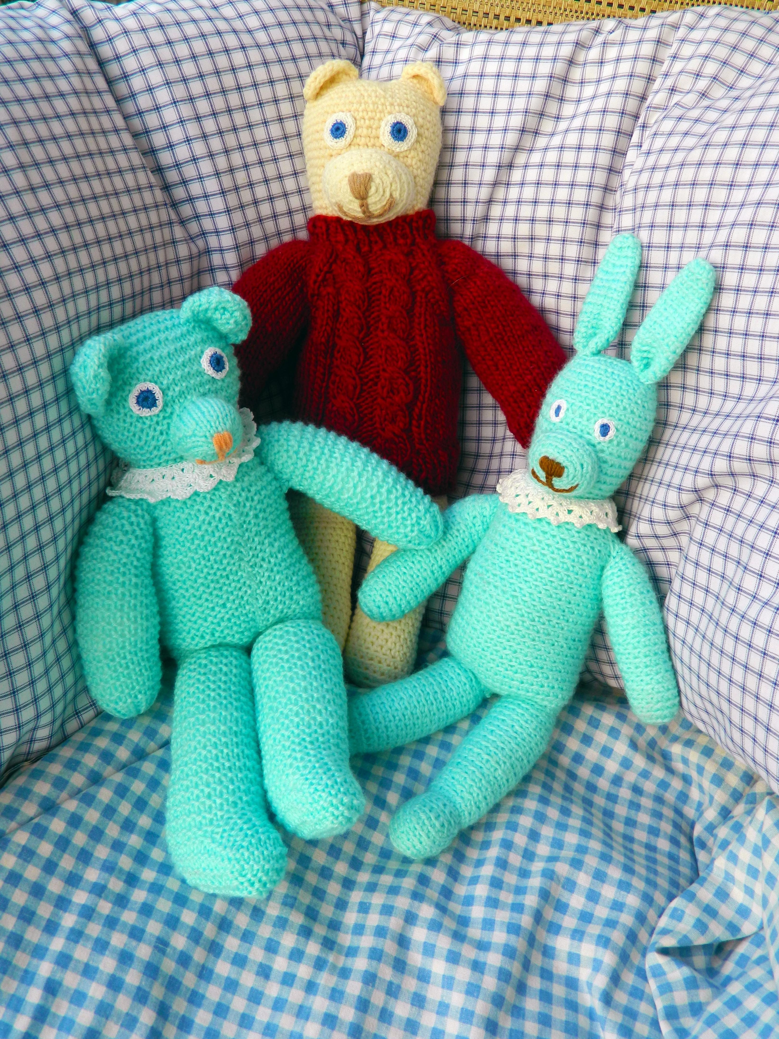 Kostenlose foto : Grün, blau, Kunst, Spielzeug, häkeln, Textil ...