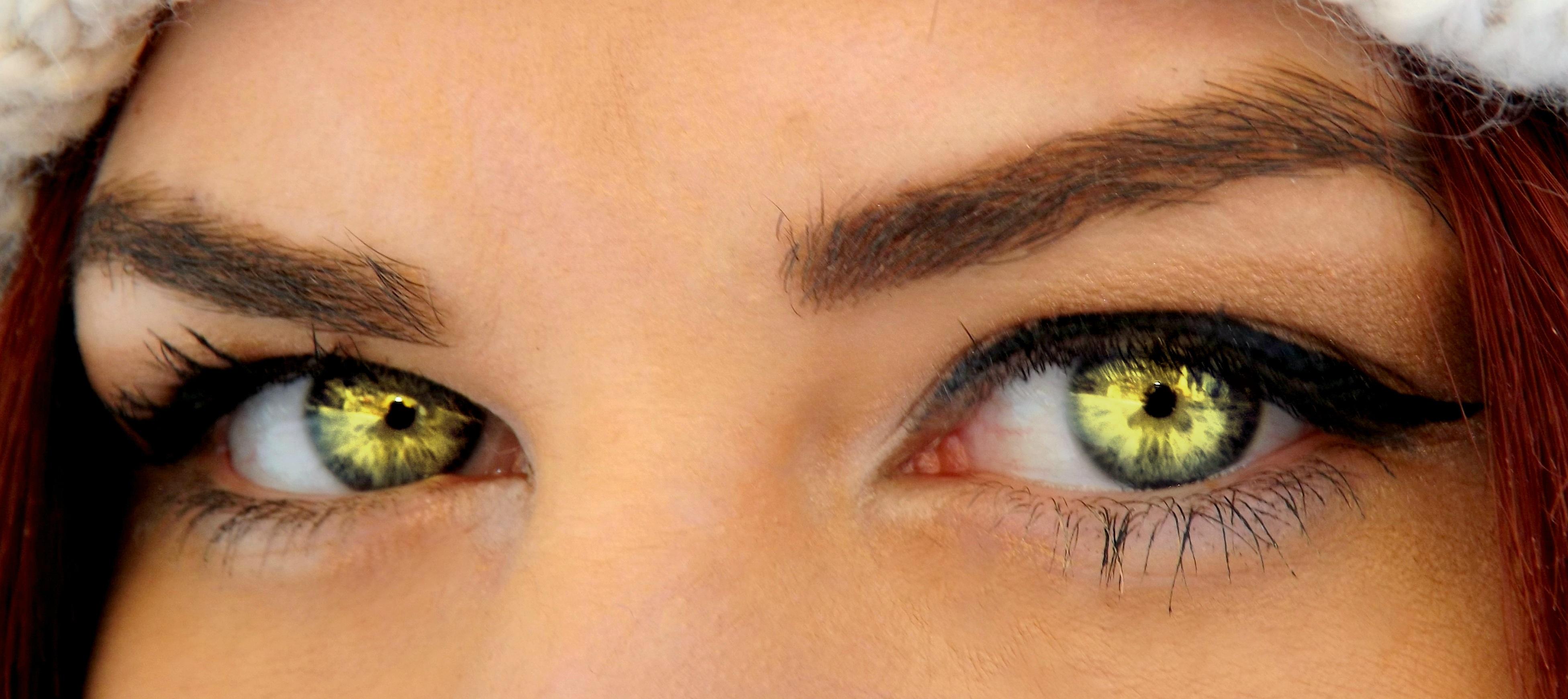 Yeux vert fashion designs - Couleur maquillage yeux vert ...