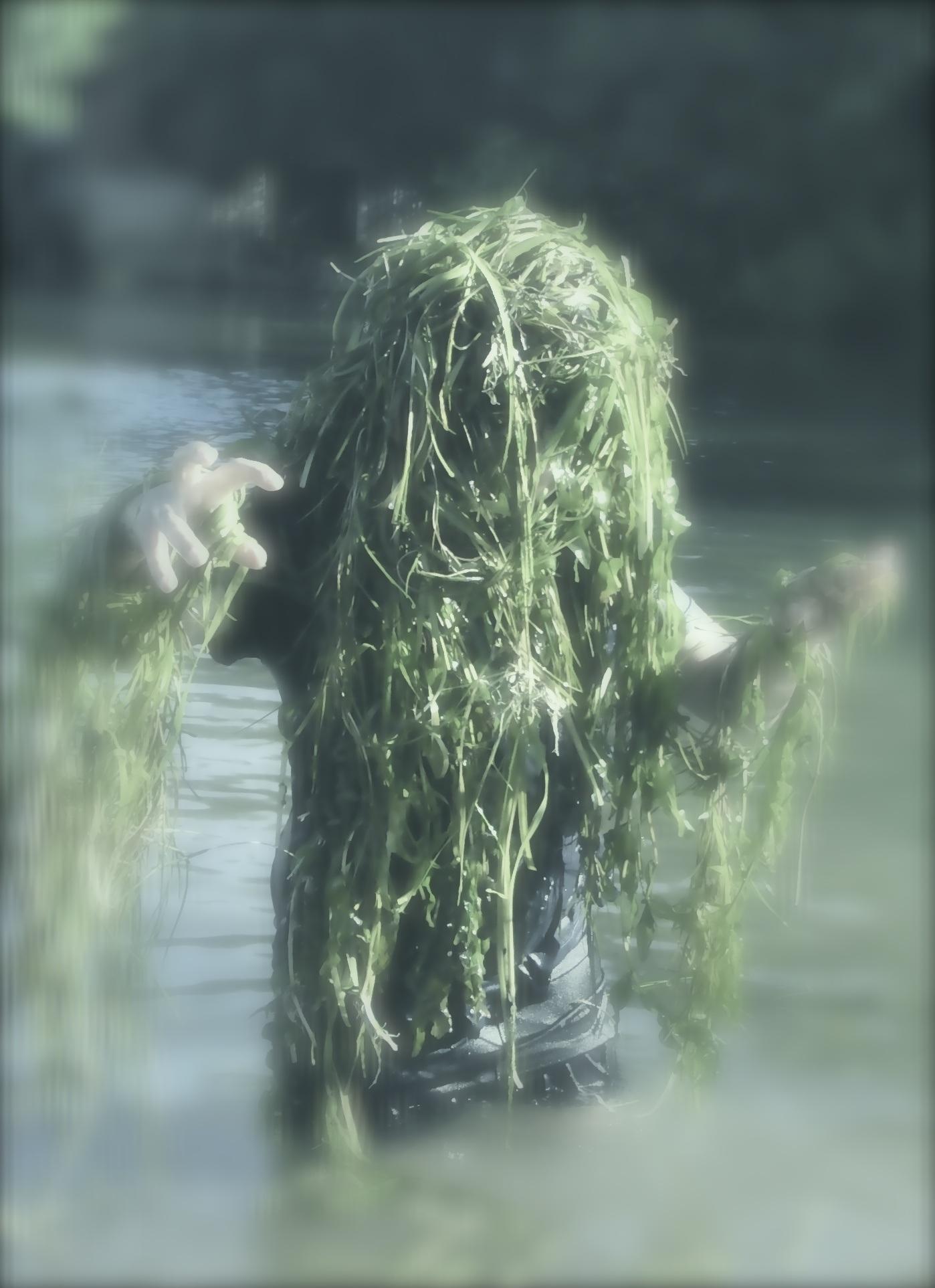 Gambar Hijau Rumput Laut Zombie Lucu Raksasa Aneh