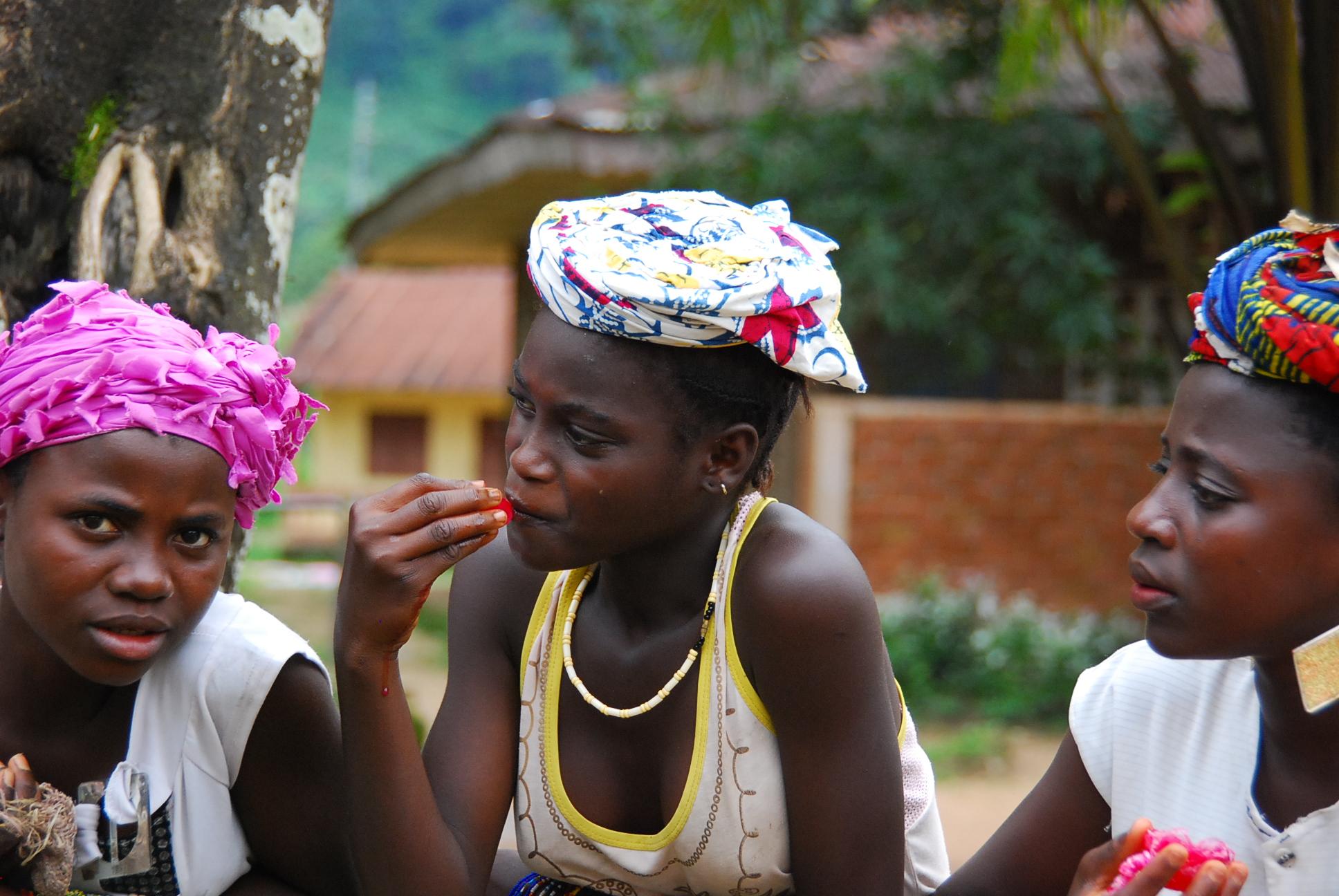 save off ea536 95079 Kostenlose foto : Guinea, Menschen, Stamm, Kopfbedeckung ...