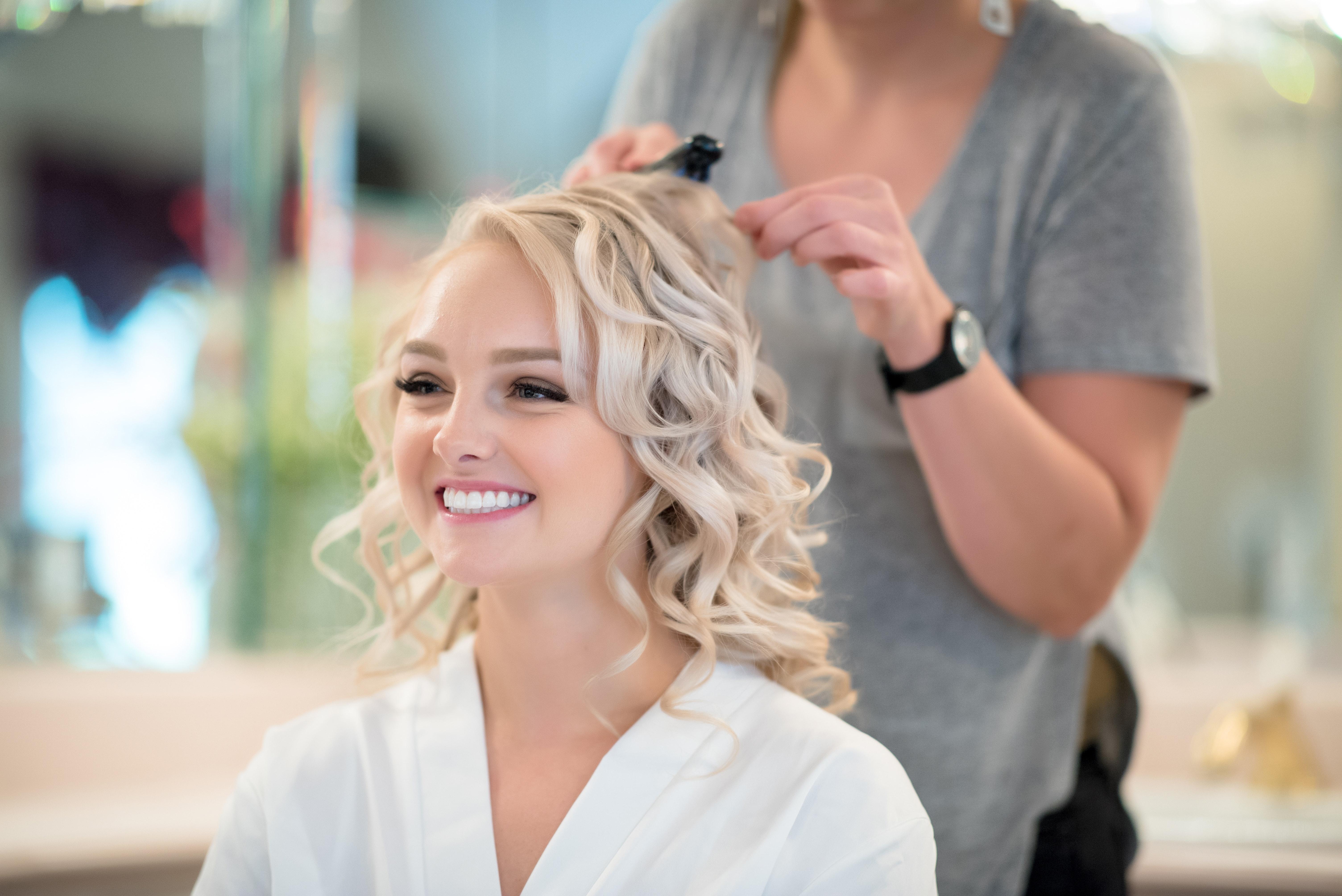 Poze Culoarea Părului Uman Frumuseţe Coafura Blond Mireasă