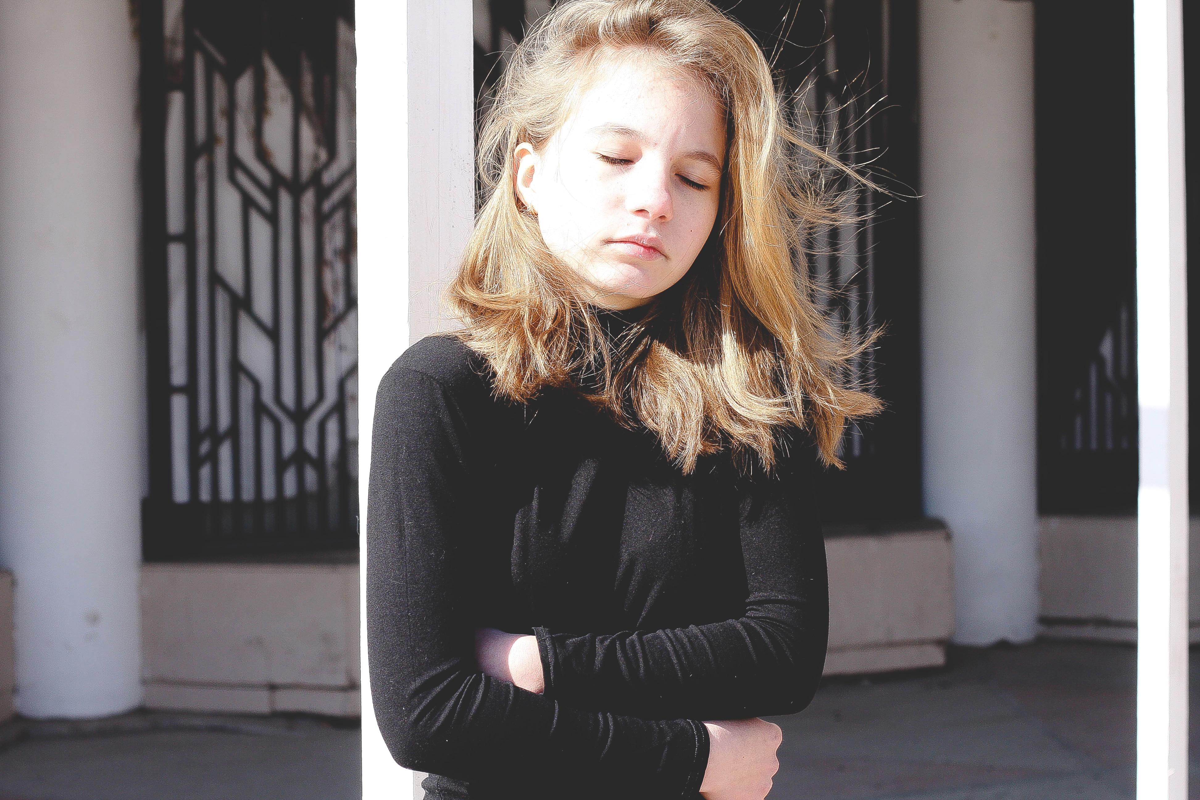 vlasy Model jar móda odevy čierna vrchné odevy účes dlhé vlasy šaty krása  blond fotenie hnedé 13fbc9f47bb