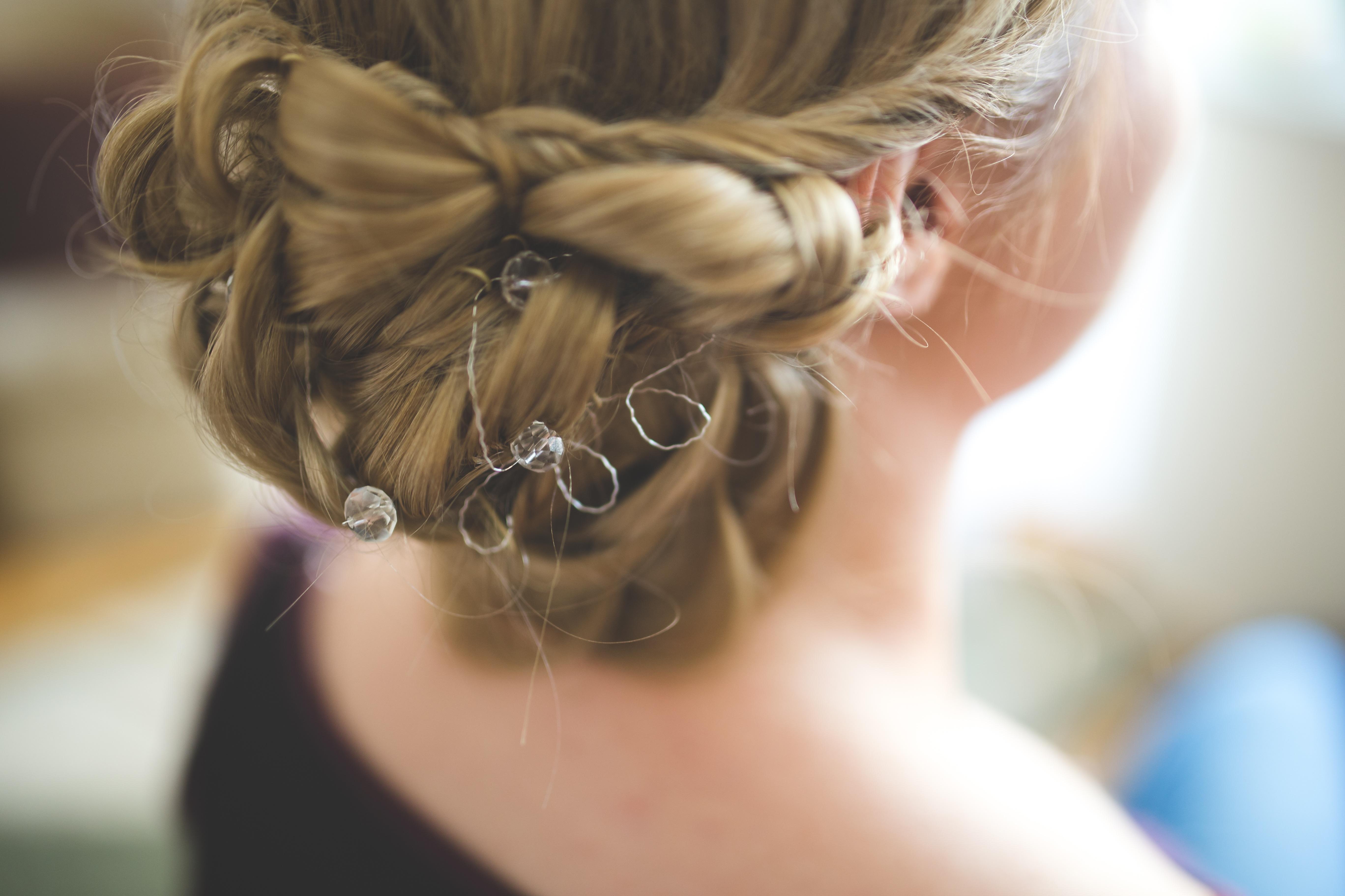 Прически для девочек волосы до плеч