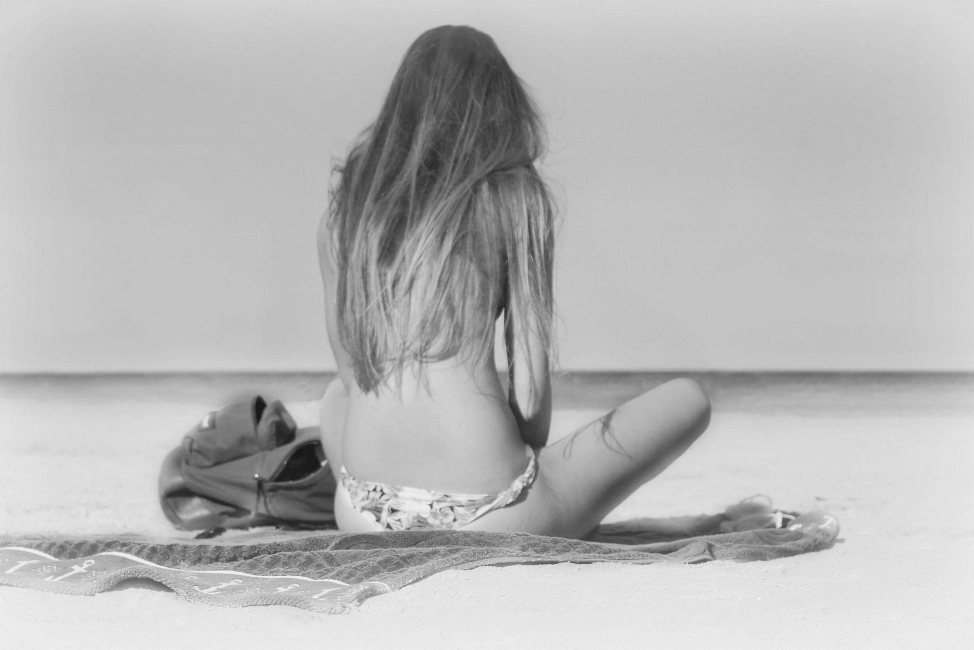 drawings-of-women-in-erotic-positions-hardcore