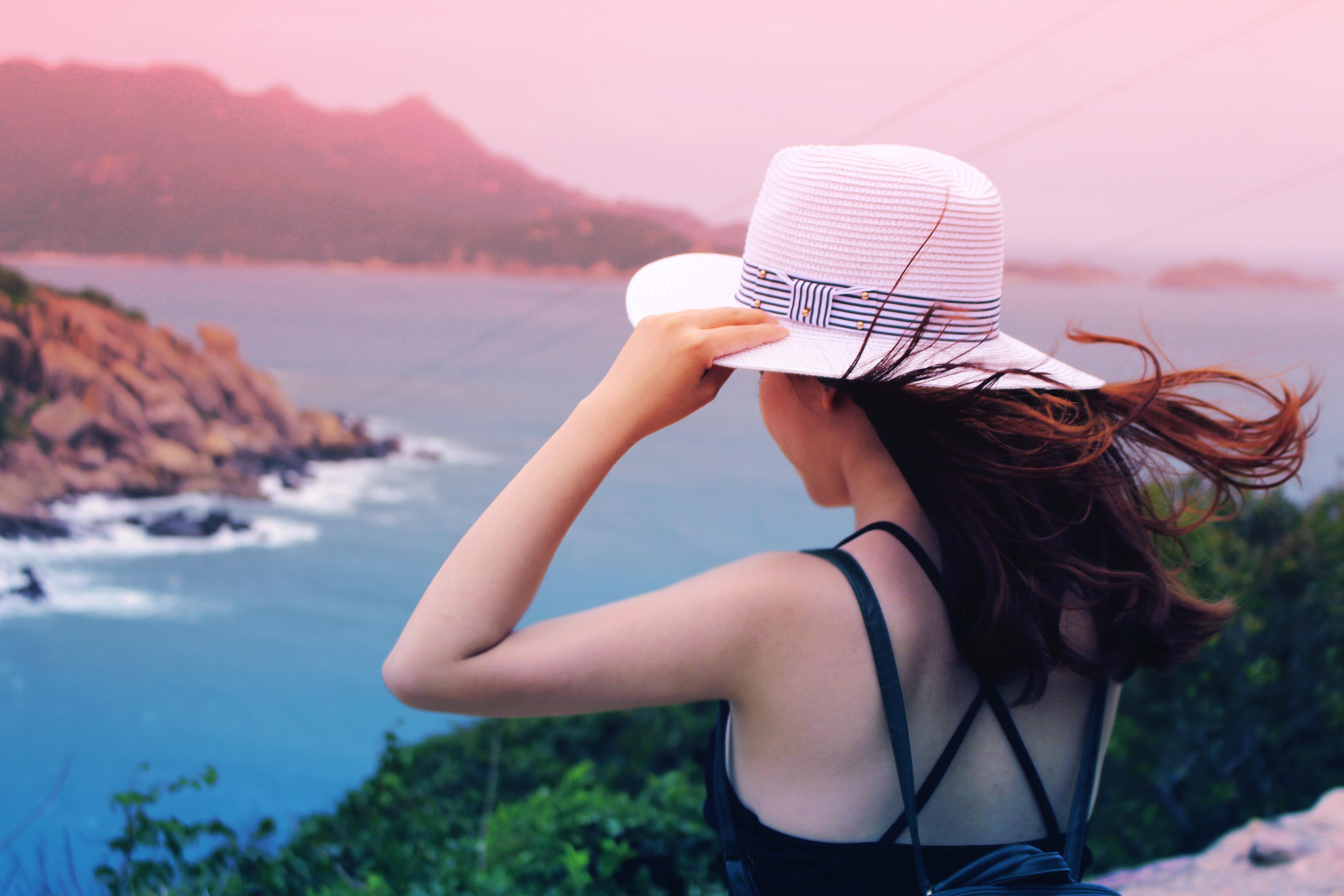 Женщина путешествует картинки