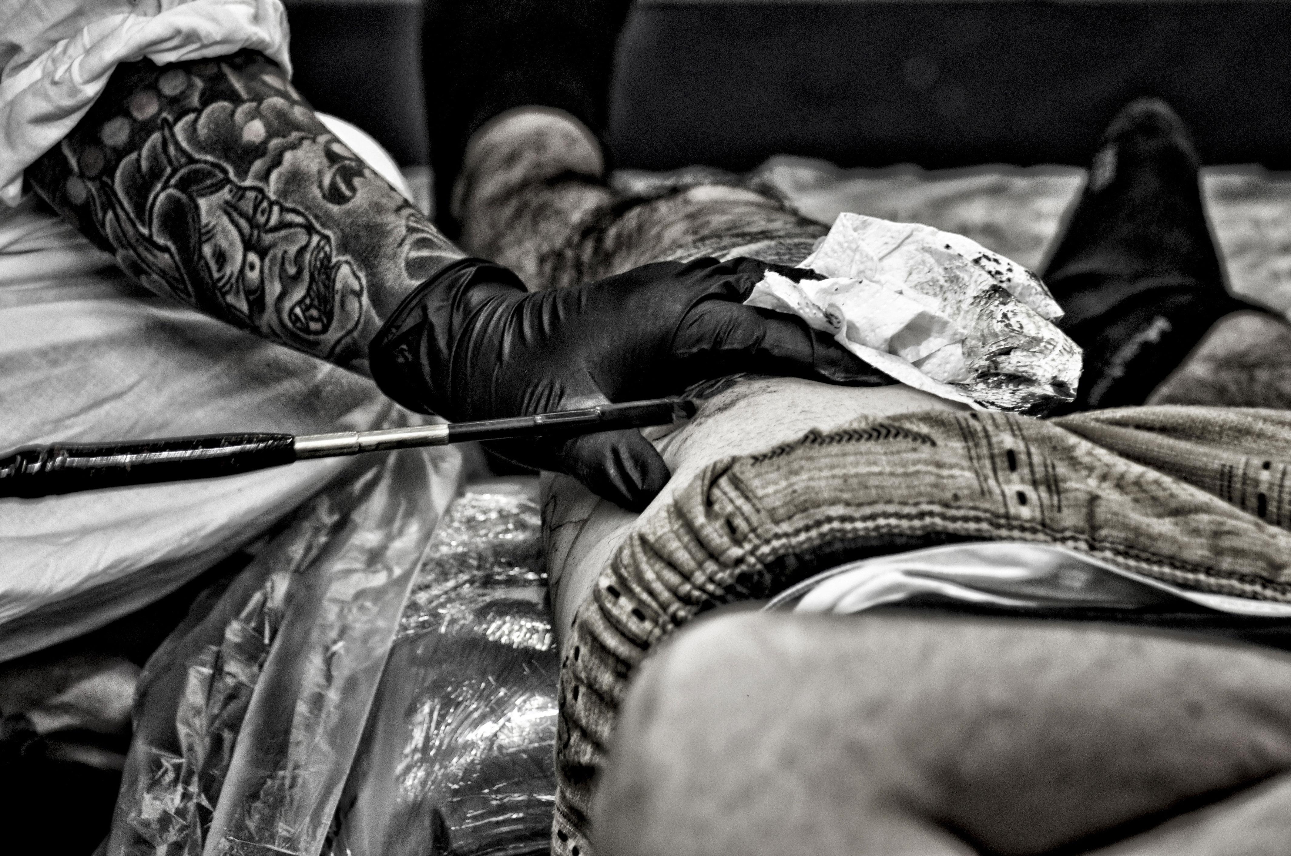 Beroemd Gratis Afbeeldingen : hand-, zwart en wit, foto, tatoeëren #FV01