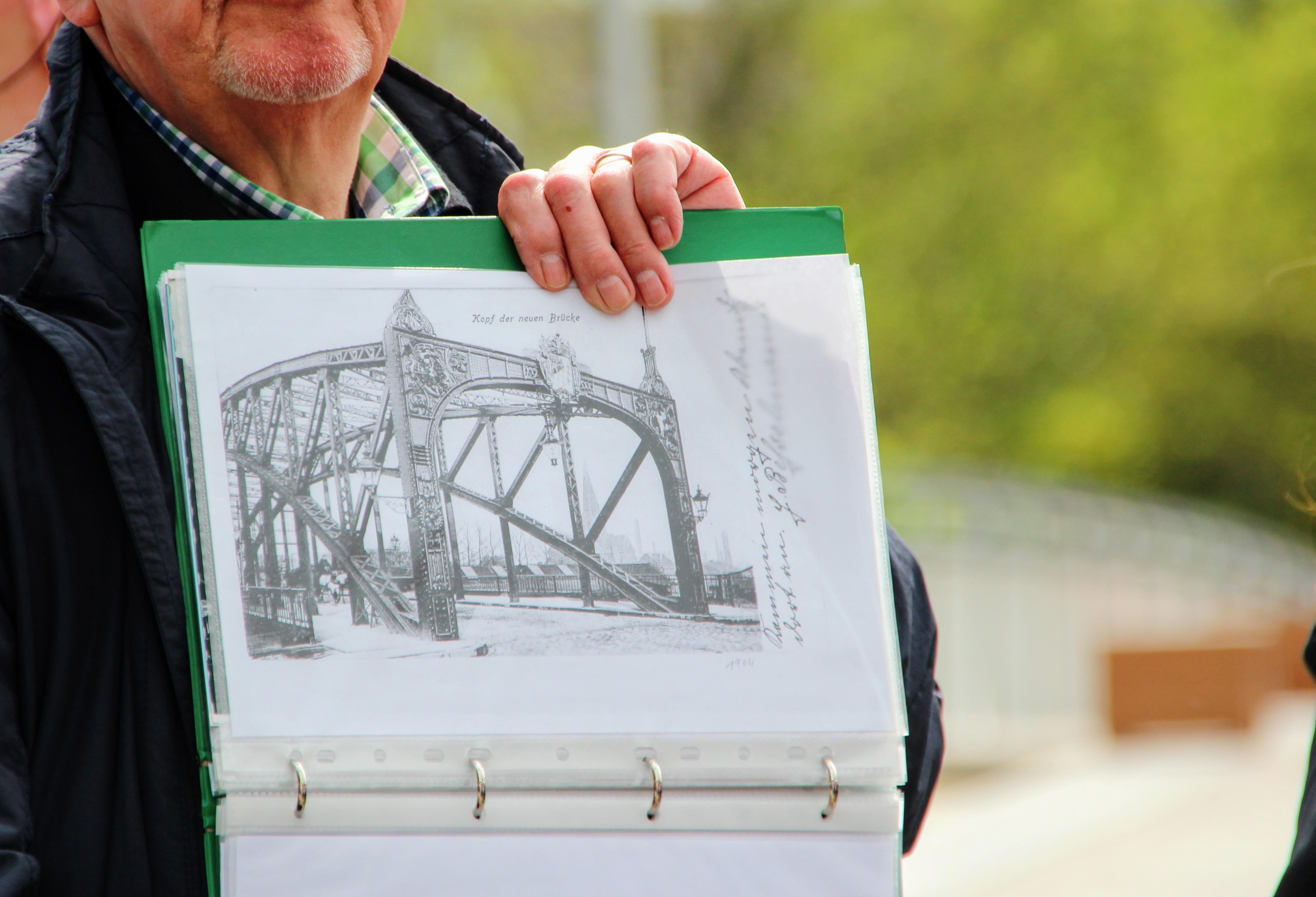 Gambar Tangan Jembatan Musim Semi Dortmund Gambar Pensil H