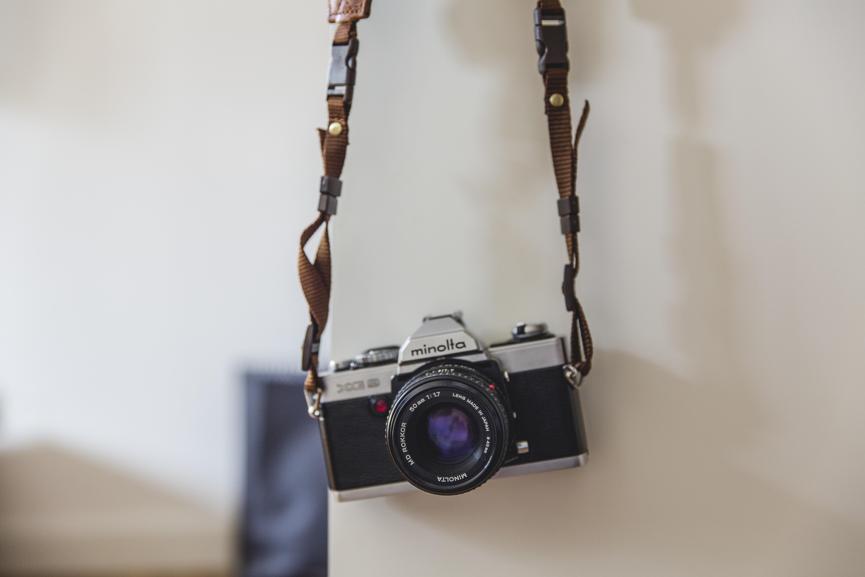 tangan kreatif teknologi kamera fotografi Vintage juru potret antik Retro Perkotaan film foto analog pencari gambar