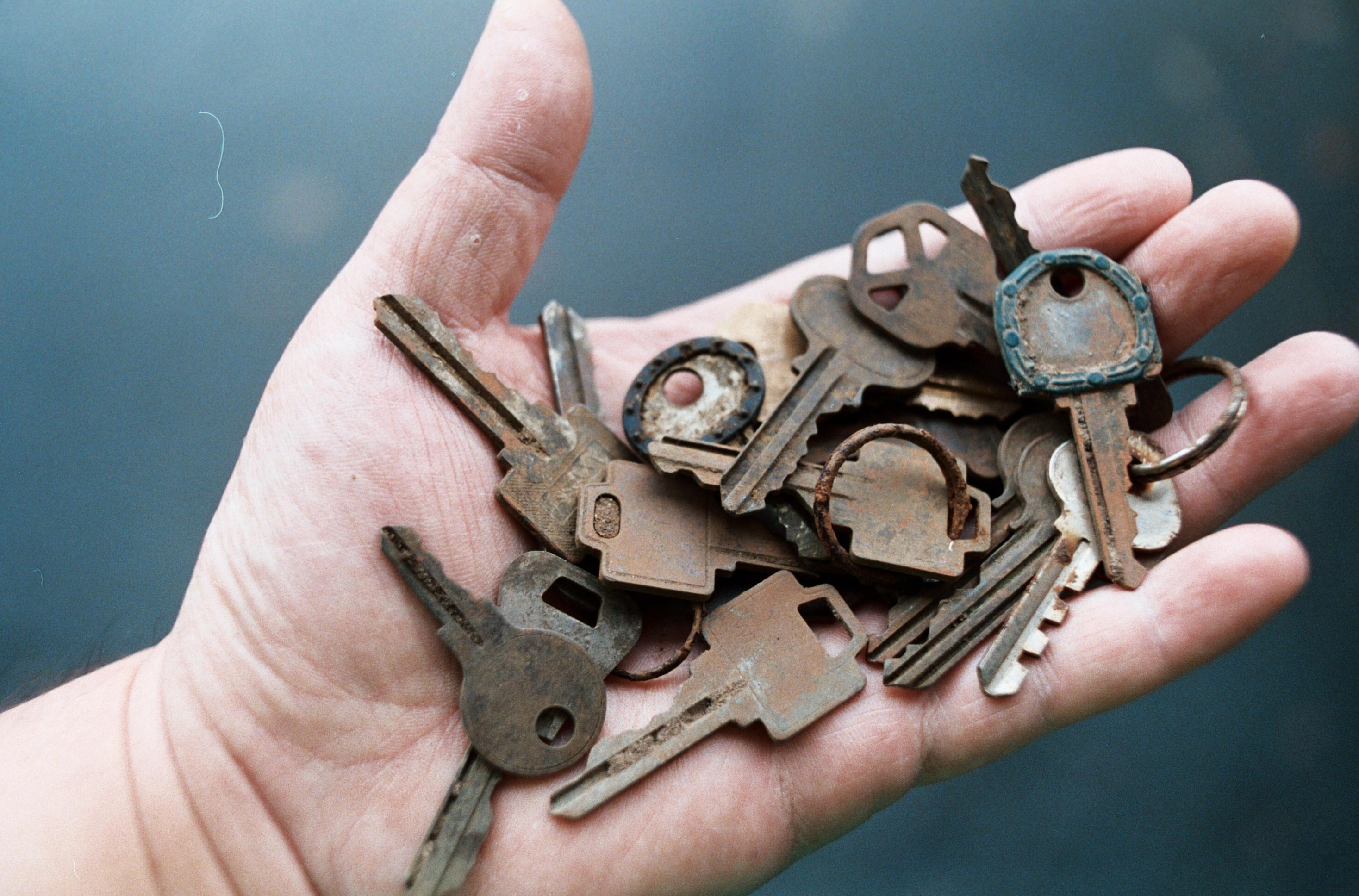 Free Images : hand, film, rust, brown, 35mm, keys, lost