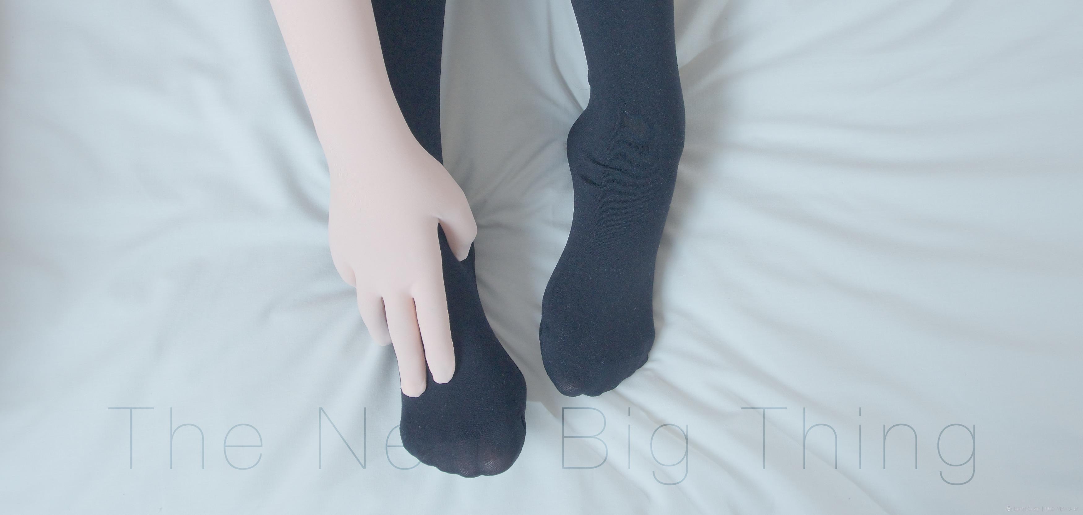 Free Images : hand, girl, white, feet, cute, leg, finger, spring ...