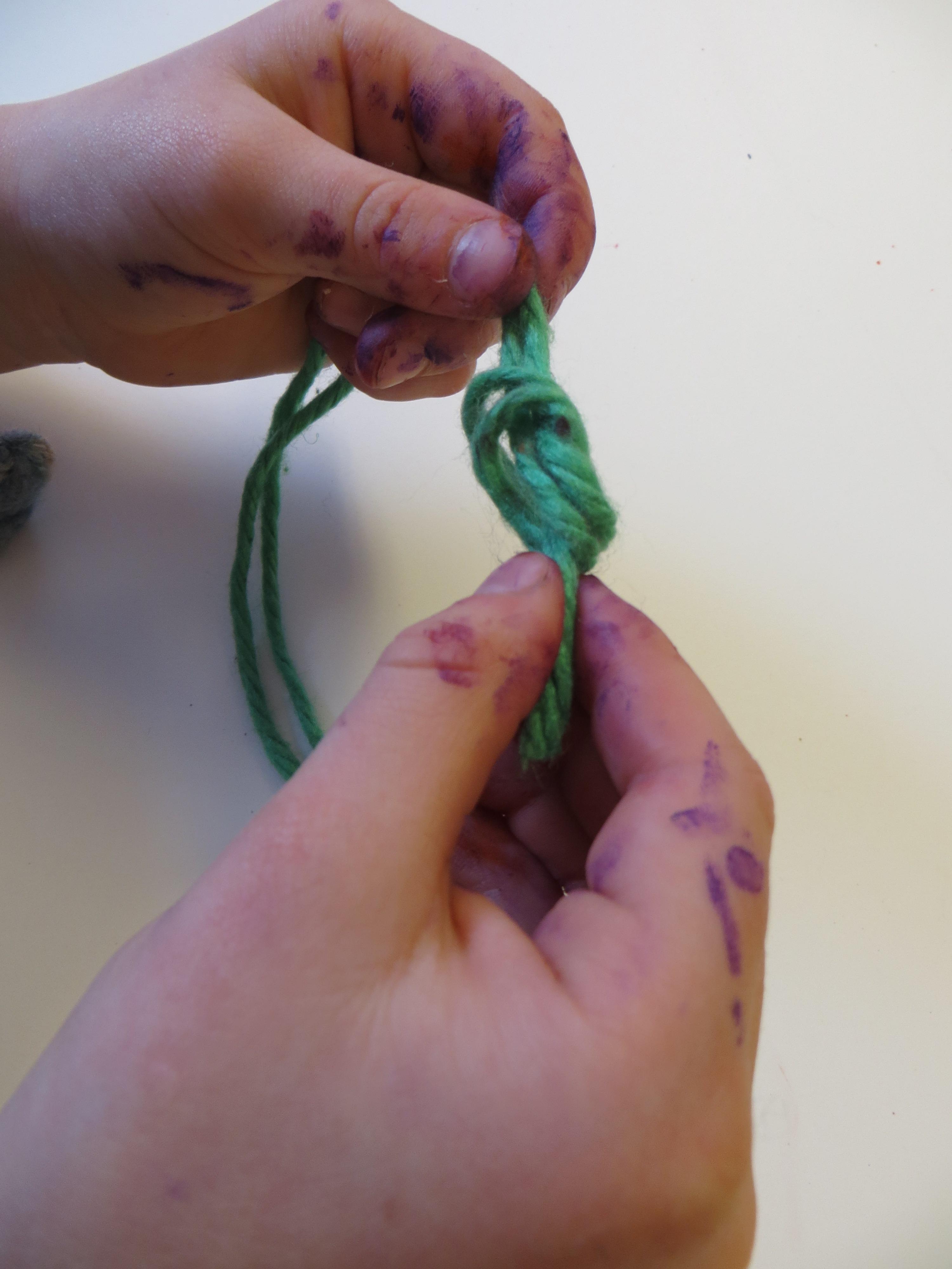Kostenlose foto : Hand, Blatt, String, Blume, Blütenblatt, Finger ...