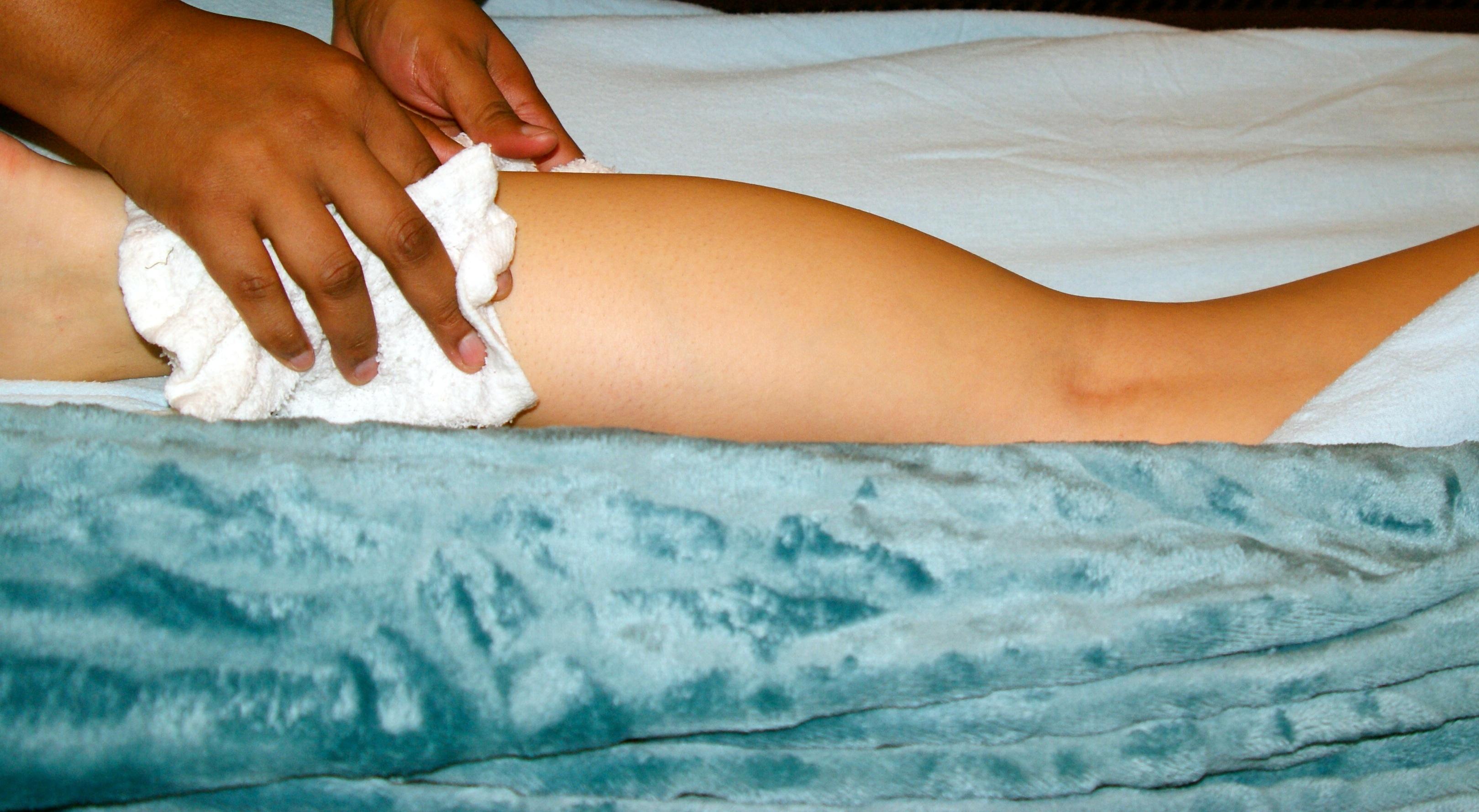 Fotos gratis : mano, pierna, brazo, músculo, pecho, cuerpo humano ...